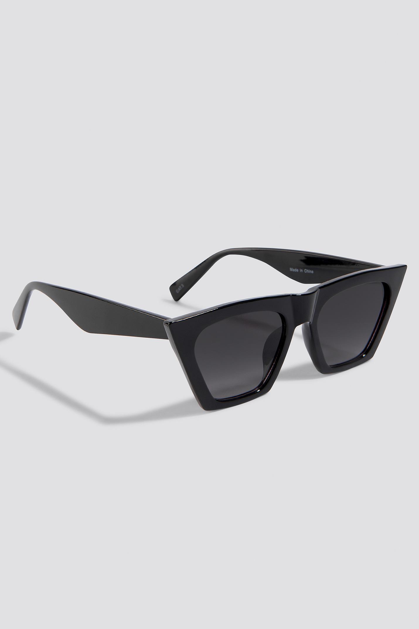 8c1223516c487 NA-KD Sharp Square Cateye Sunglasses Black in Black - Lyst