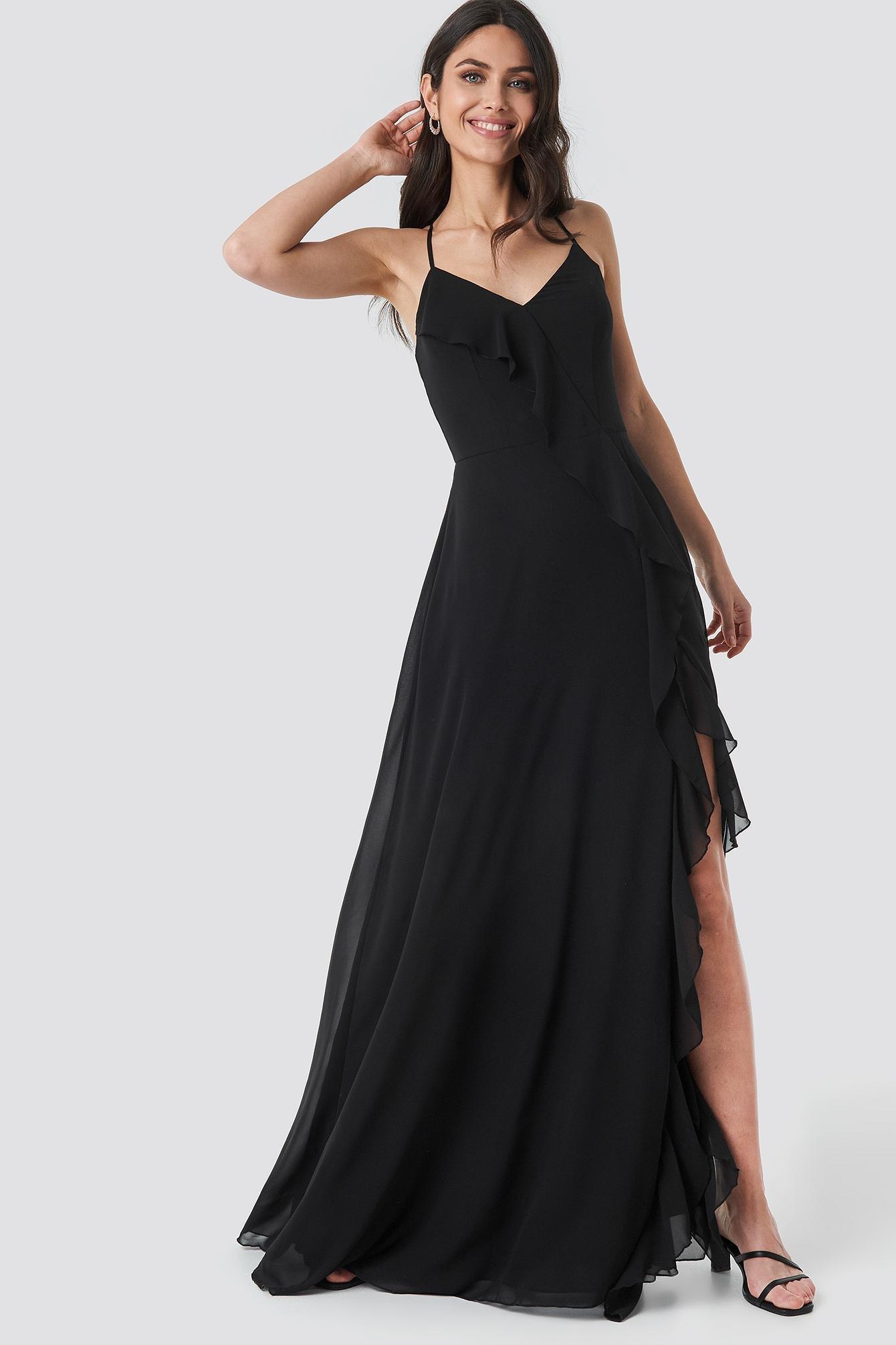 b31543568ca3f Trendyol Frilly Evening Dress Gown Black in Black - Lyst