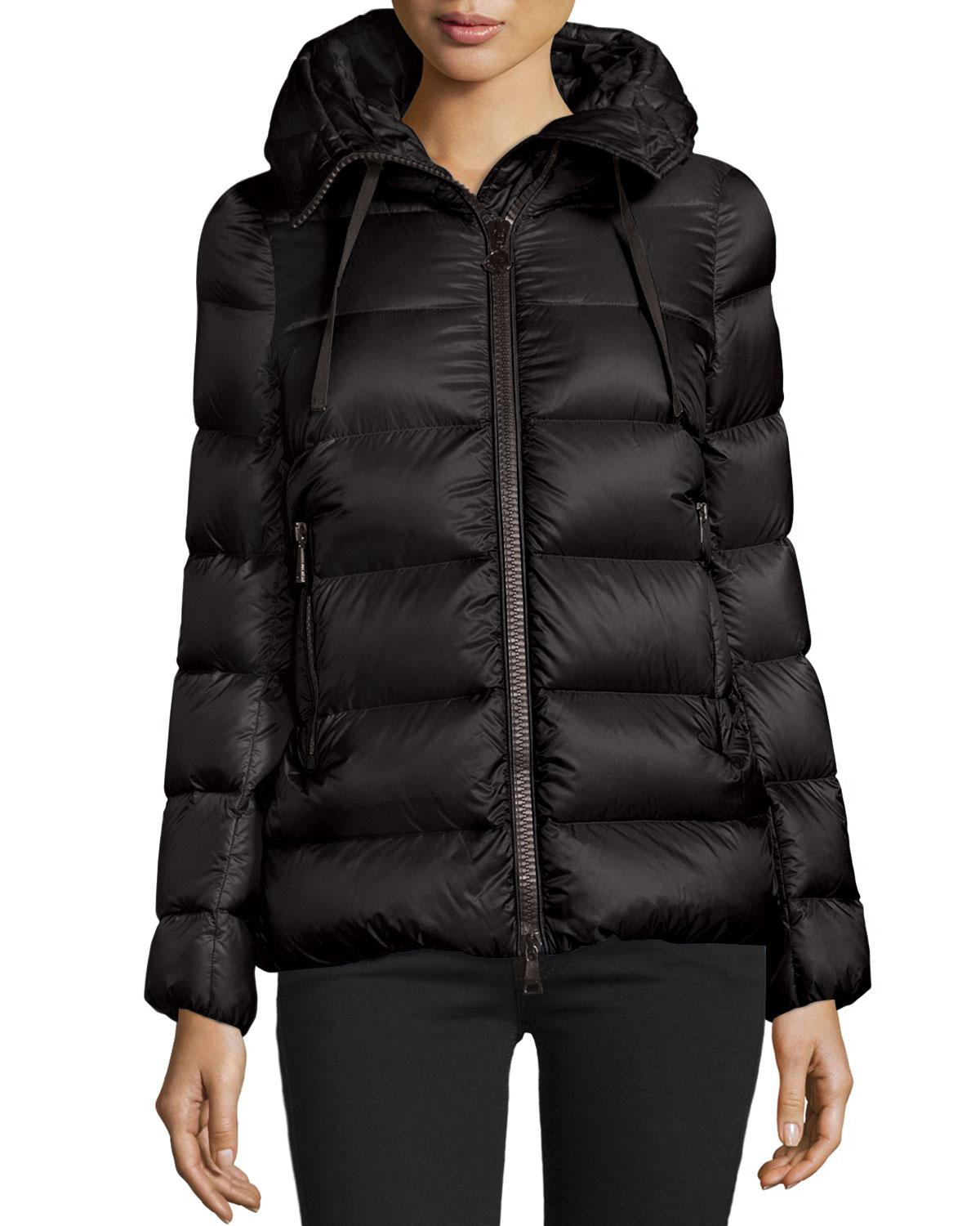 Moncler. Women's Black Serinde Hooded Short Puffer Jacket
