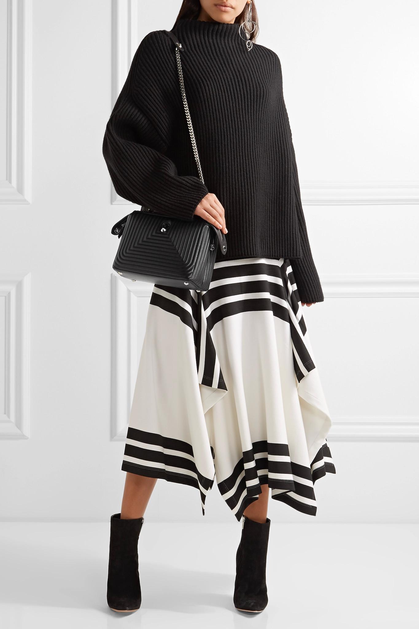 0233cd21103d Lyst - Fendi Dotcom Click Quilted Leather Shoulder Bag in Black