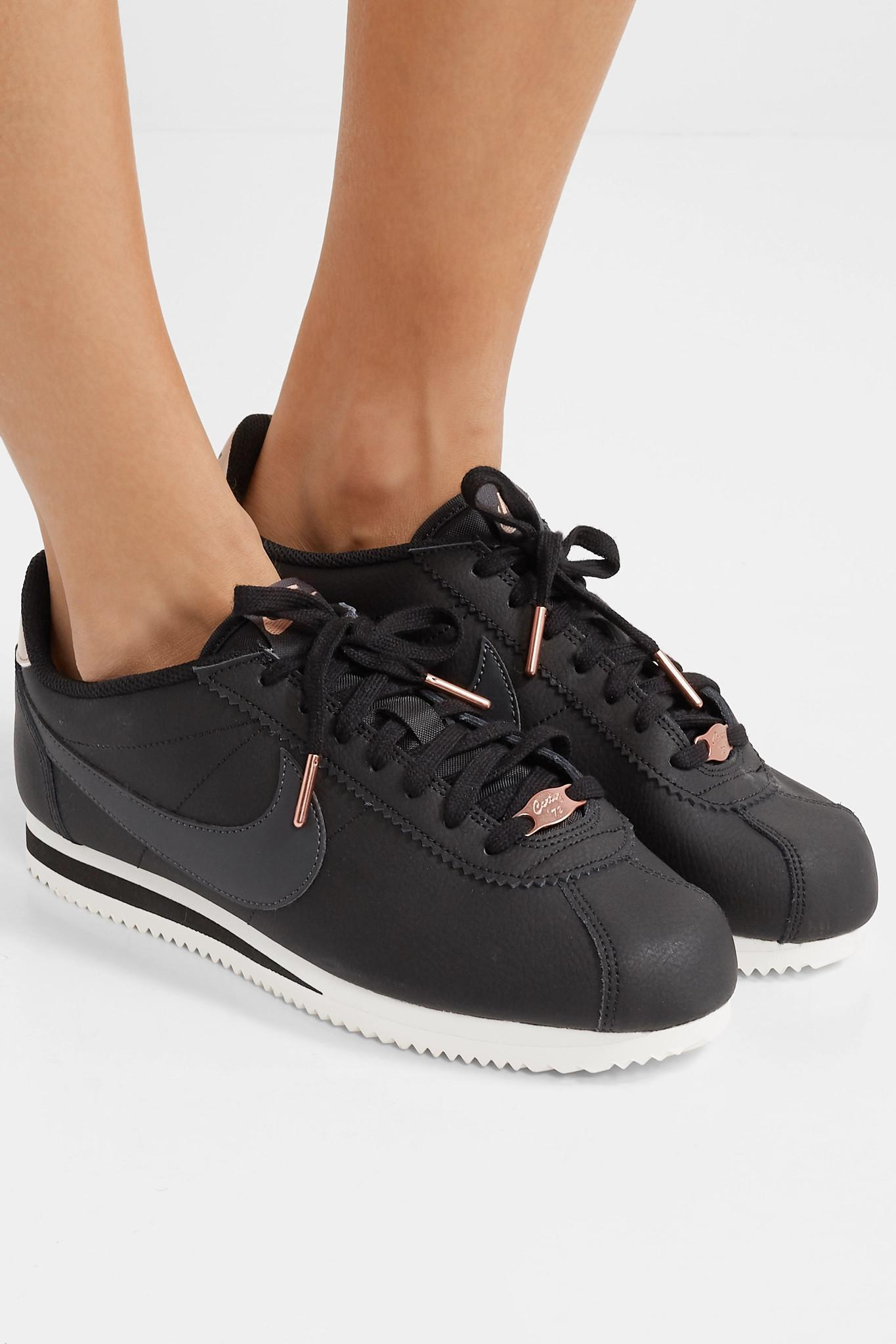 ee2e7118a83 Nike Classic Cortez Textured-leather Sneakers in Black - Lyst