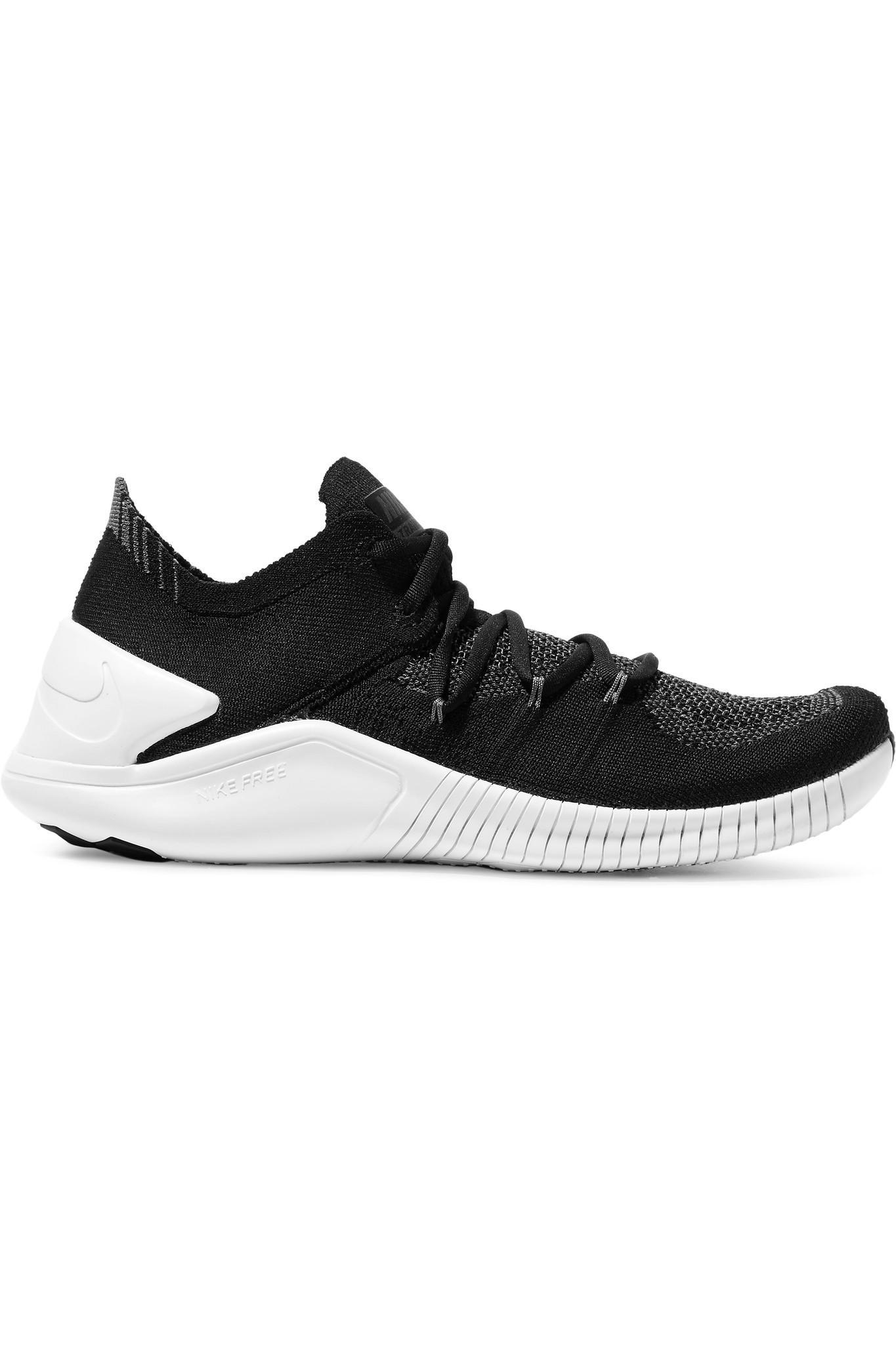 a8e315e96a18 Lyst - Nike Free Tr 3 Flyknit Sneakers in Black