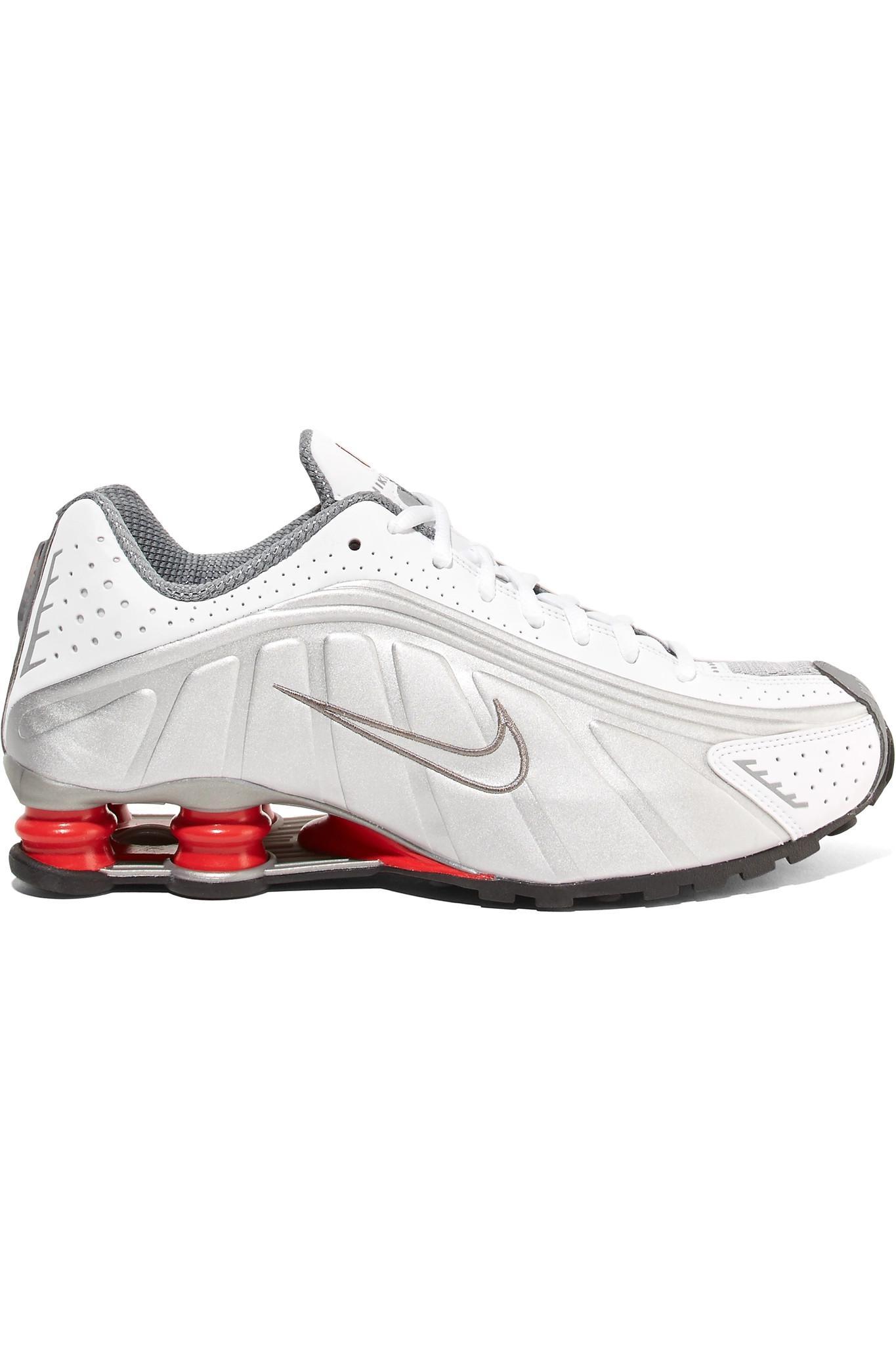 ed975ef25f4f Lyst - Nike Shox R4 Metallic Leather Sneakers in Metallic