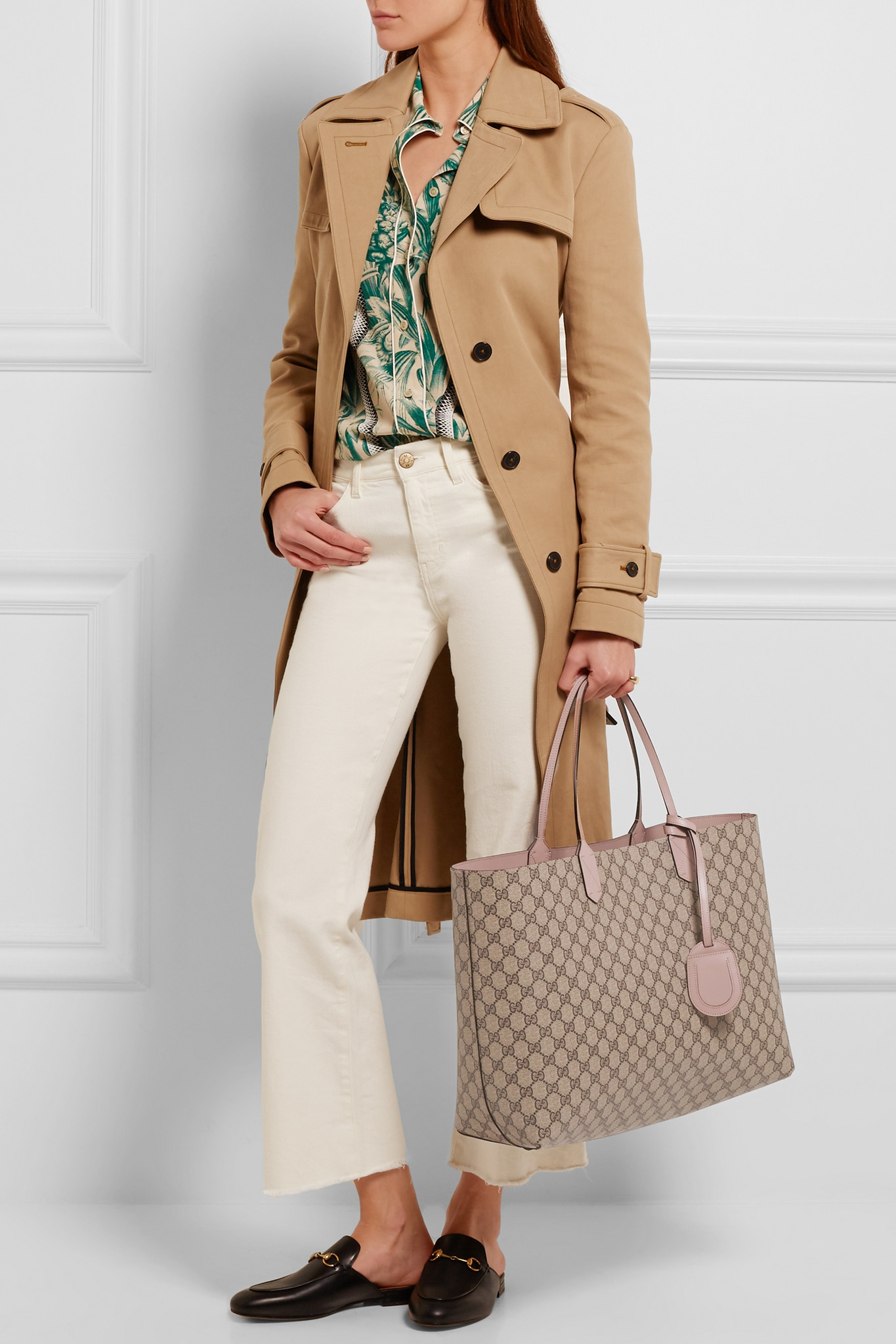 c39455f7b9c3 Gucci Turnaround Medium Reversible Textured-leather Tote in Natural ...