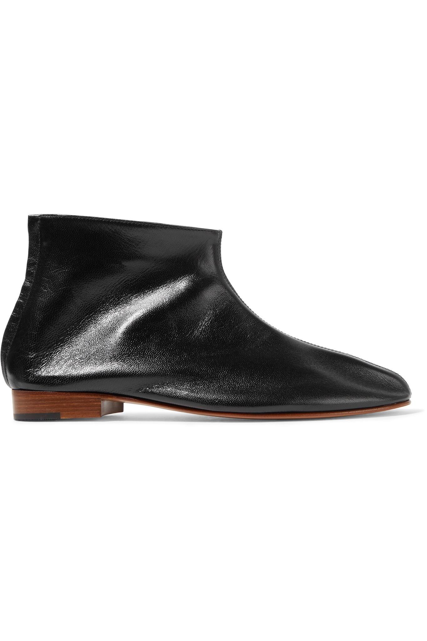 Martiniano Shoes Wearing