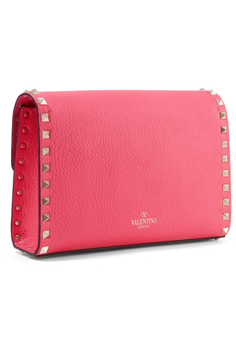 8d3e7b483e6d Lyst - Valentino Rockstud Textured-leather Shoulder Bag in Pink