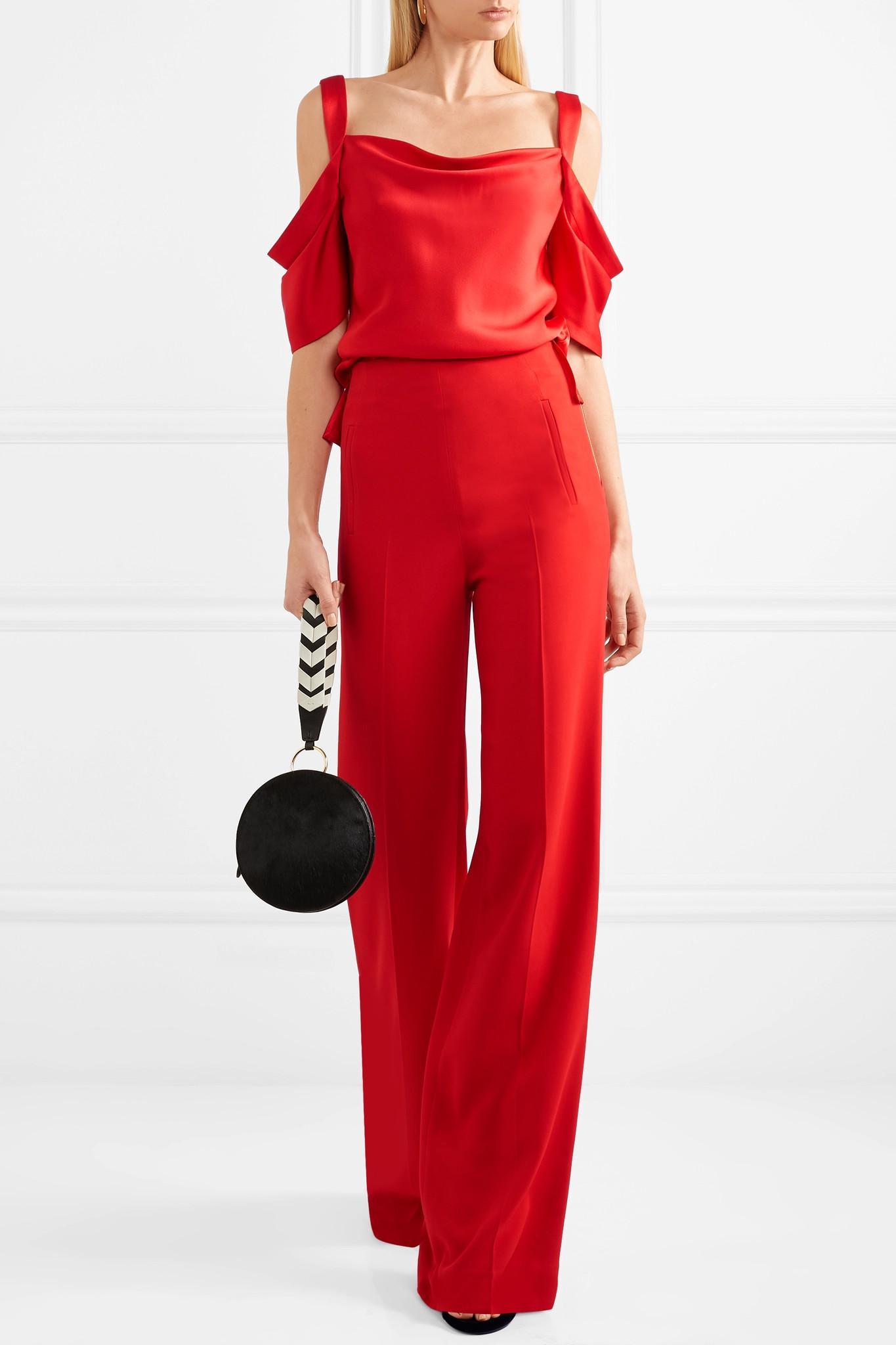hombros con drapeados sobre el y suelo color Wu Jason rojo en satén q6BHxE6wF