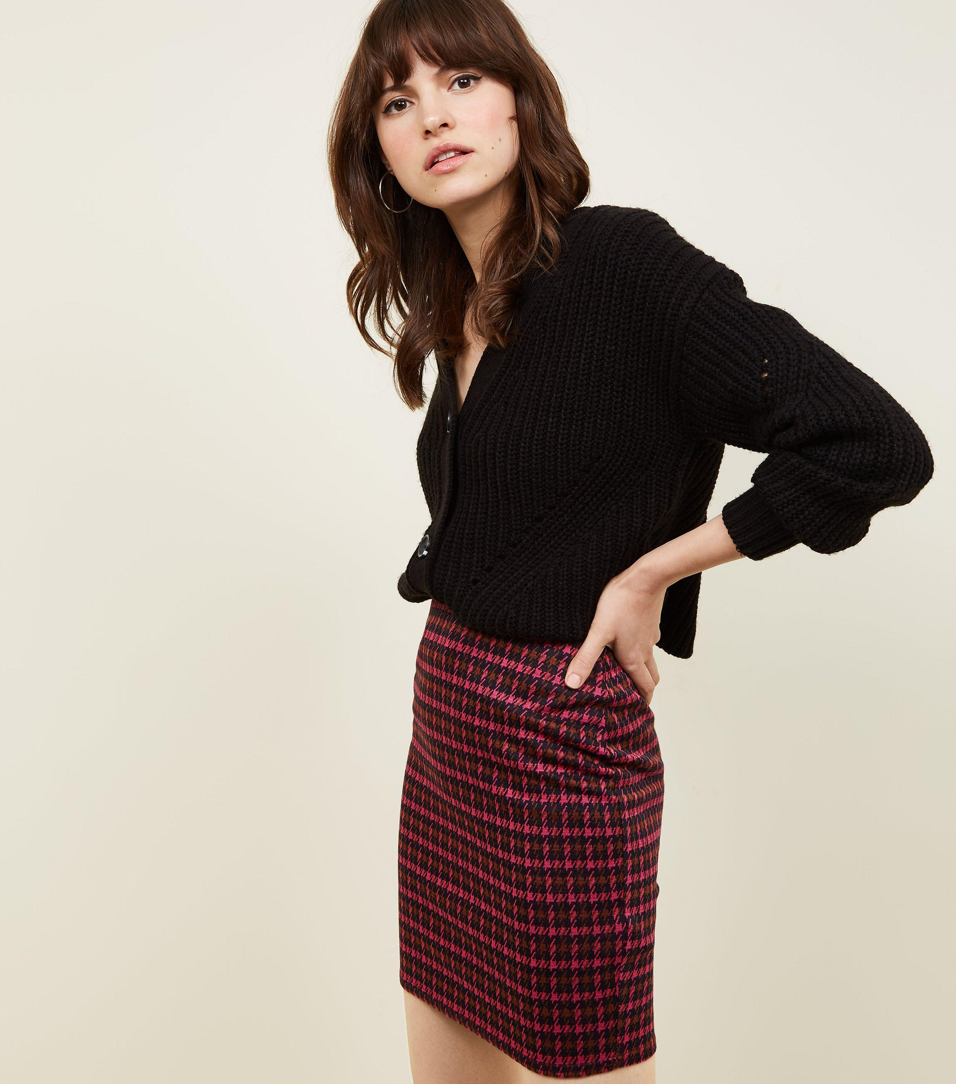 7094448e14 New Look Bright Pink Houndstooth Check Tube Skirt in Pink - Lyst