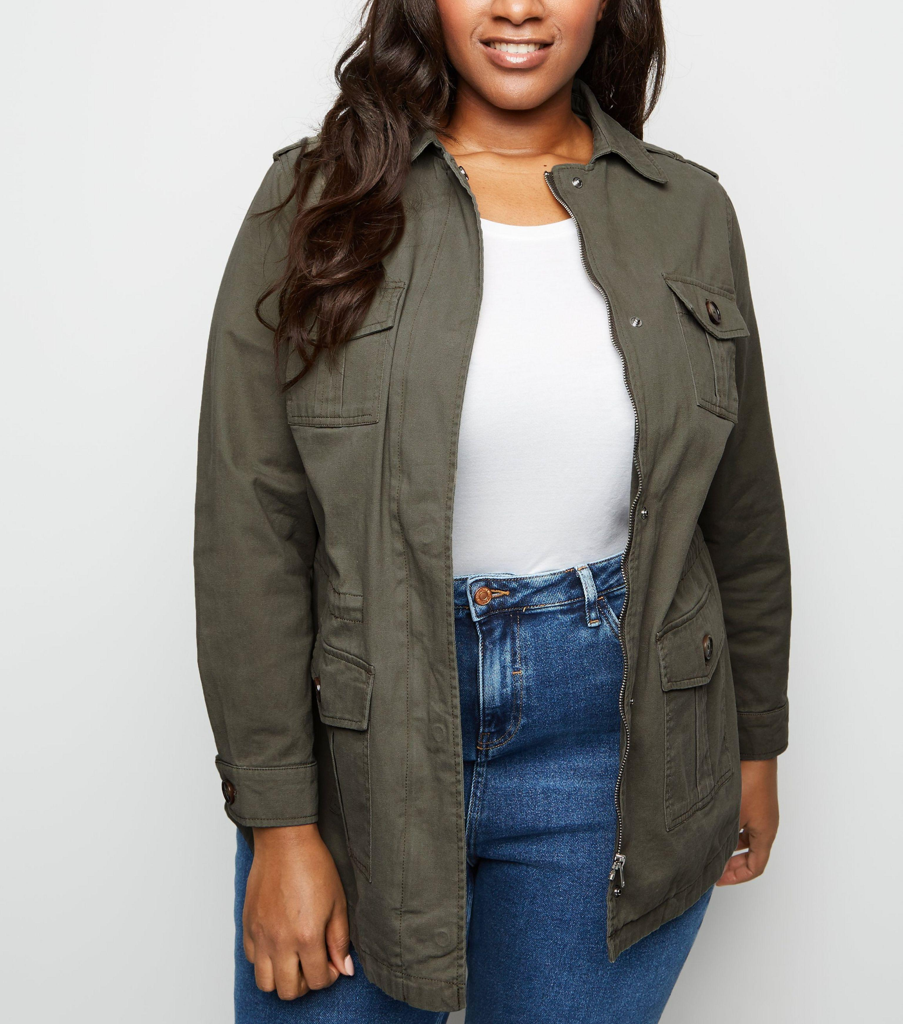 5fdf3b97a8f0 New Look Curves Khaki Utility Shacket in Natural - Lyst