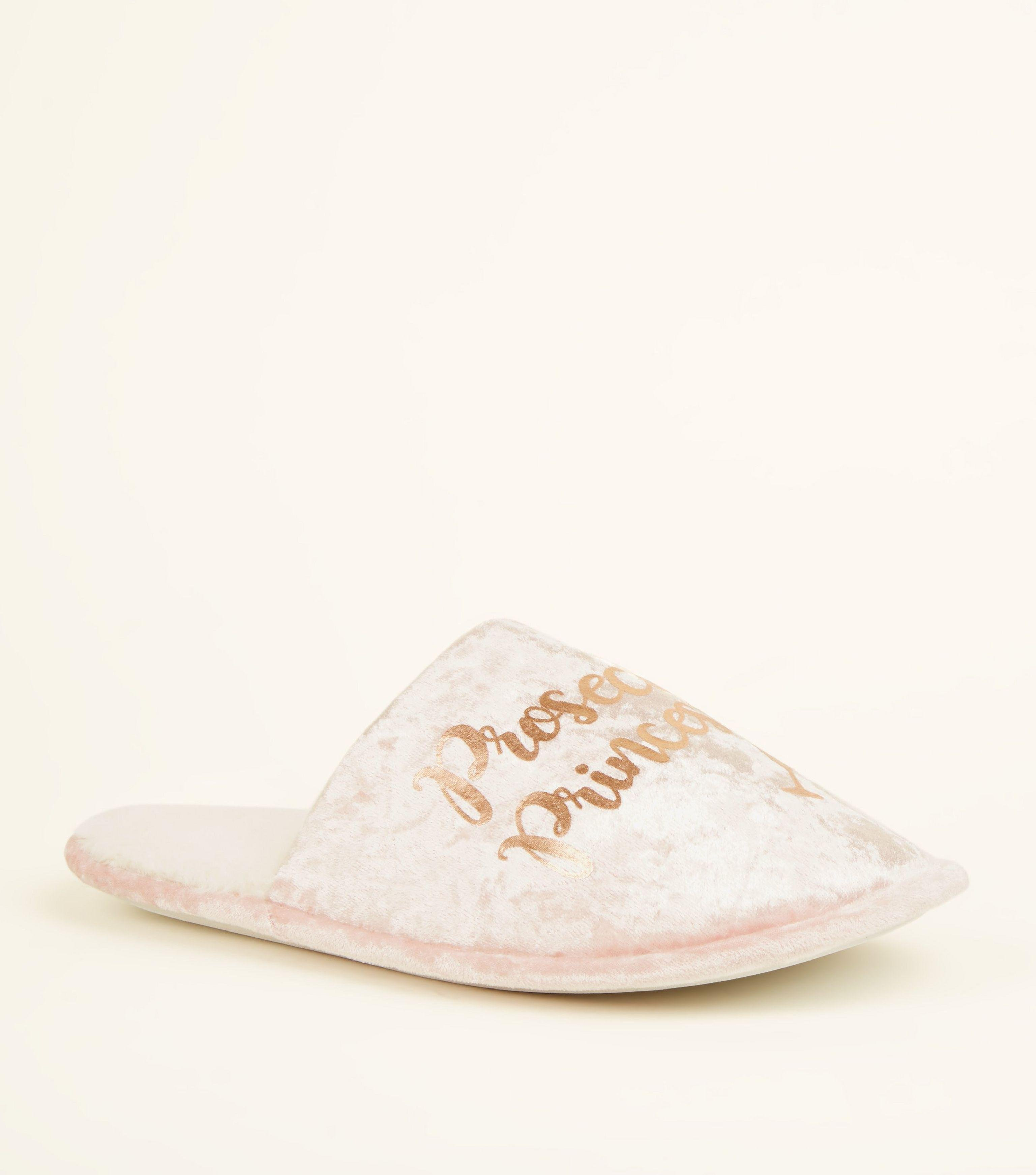 2e96edf4cf40 New Look Pink Velvet Prosecco Princess Mule Slippers in Pink - Lyst