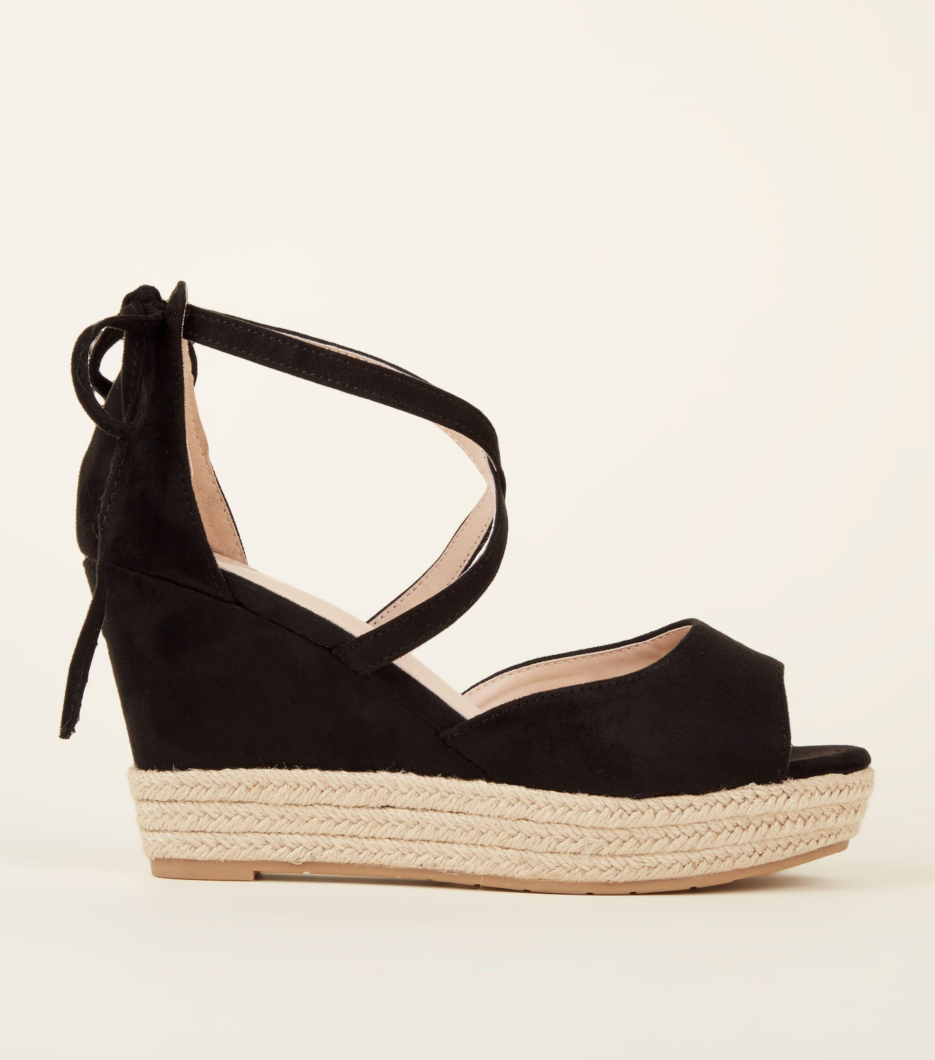 New Look Suedette Bow Wedge C8Xl6TmW