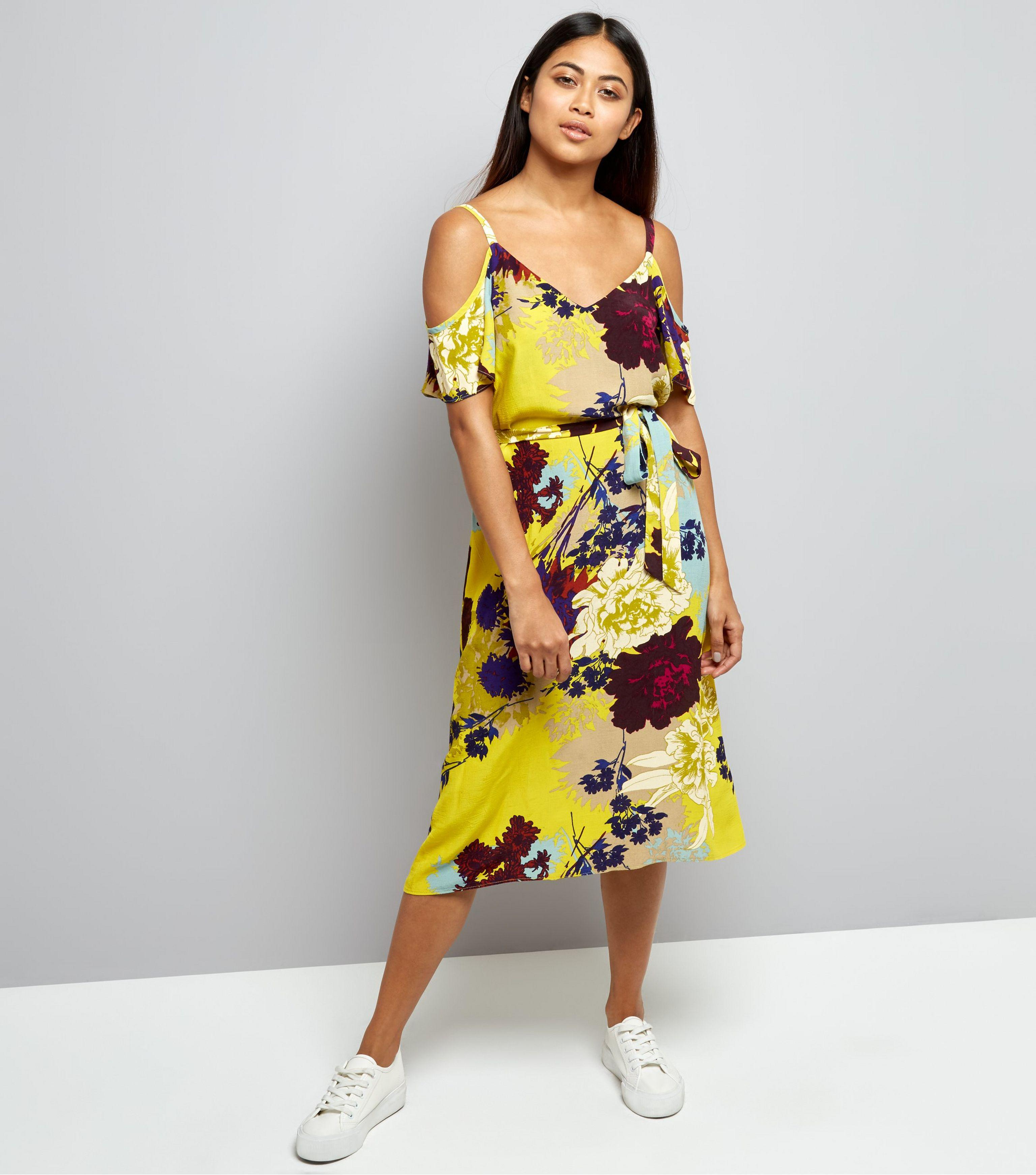f37efa67b1d New Look Petite Yellow Floral Cold Shoulder Midi Dress in Yellow - Lyst