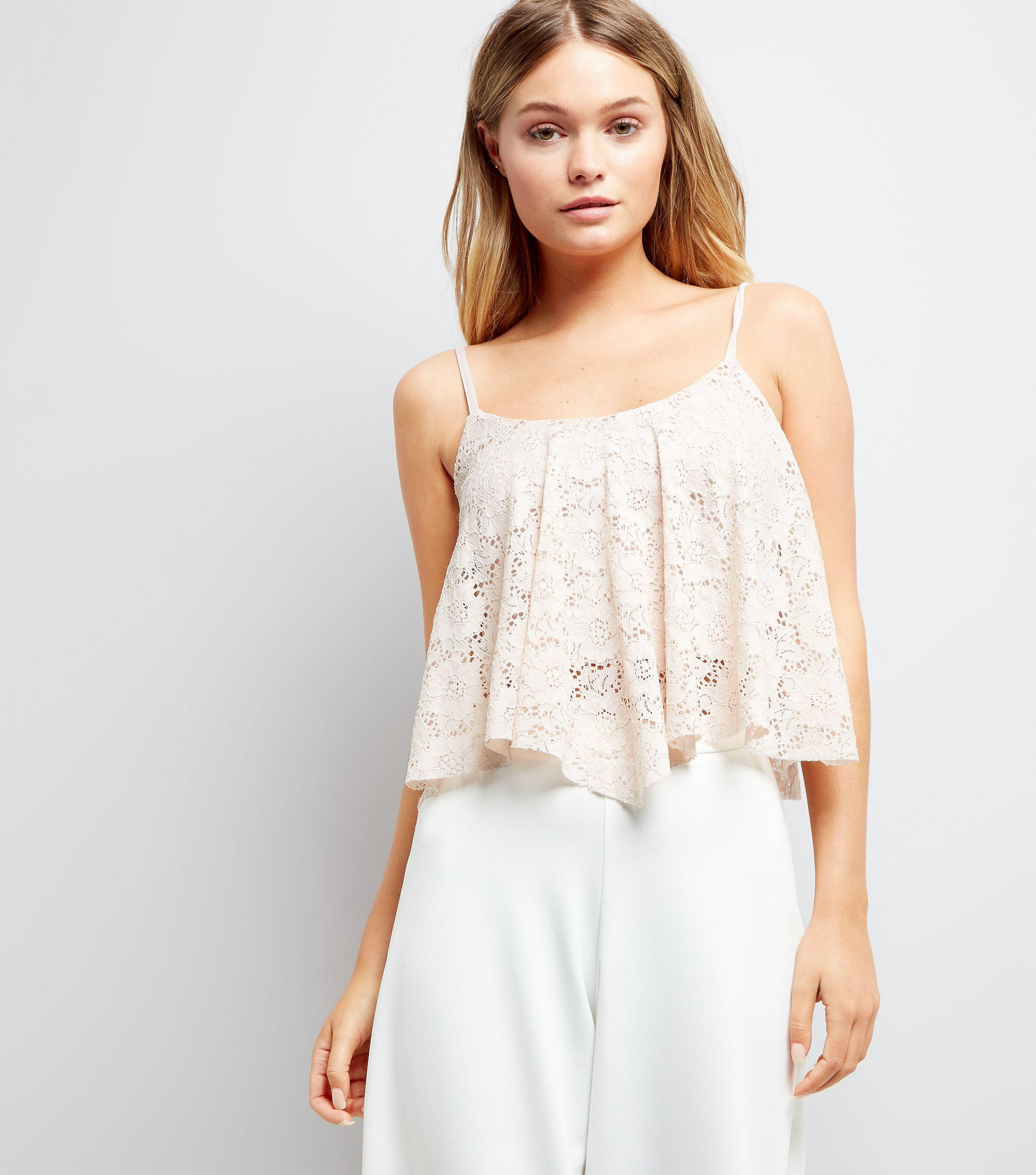 9a75a1921554dc New Look Shell Pink Lace Hanky Hem Crop Top in Pink - Lyst