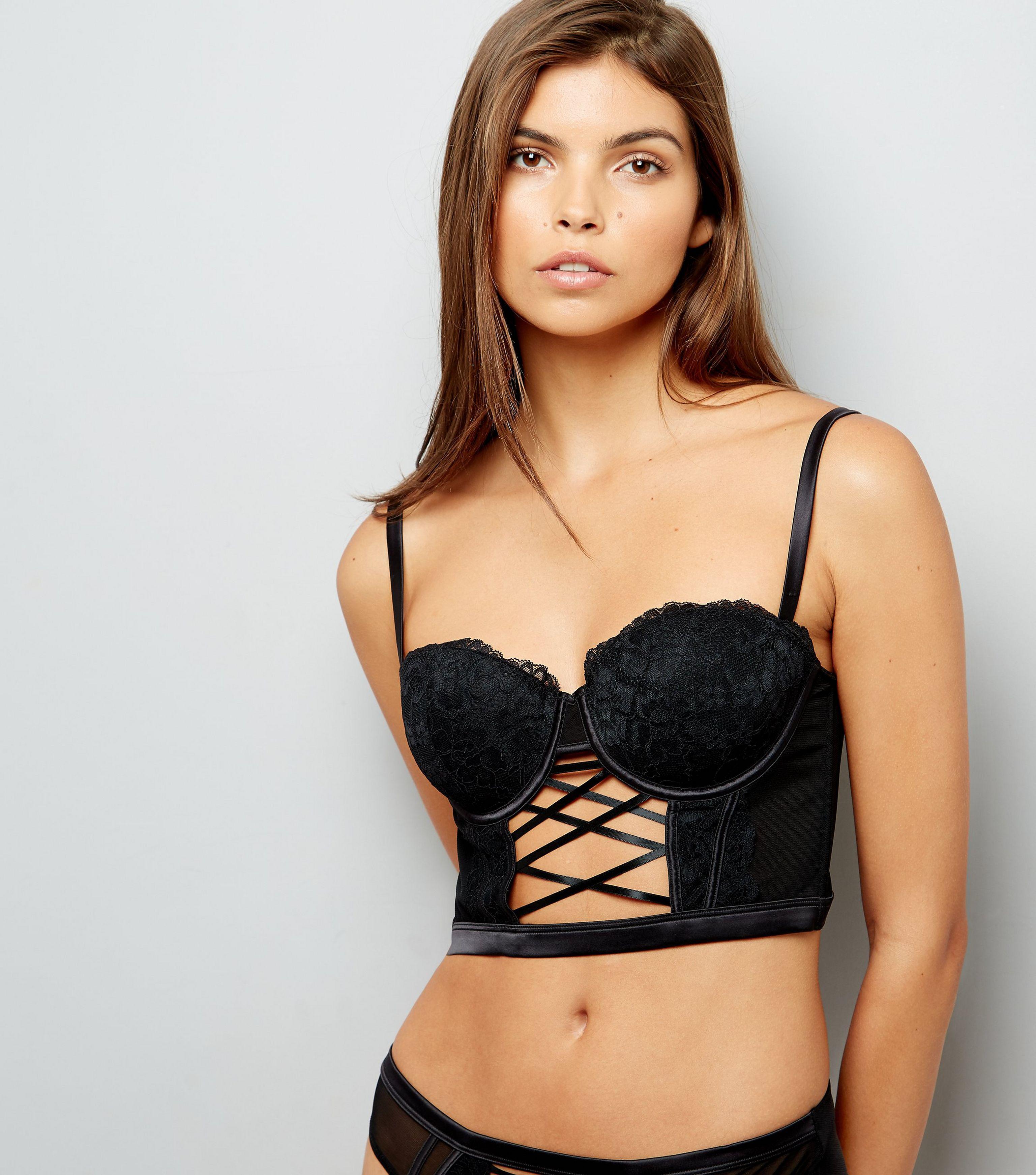 1a86a7cb5c New Look Black Lace Lattice Front Longline Bra in Black - Lyst