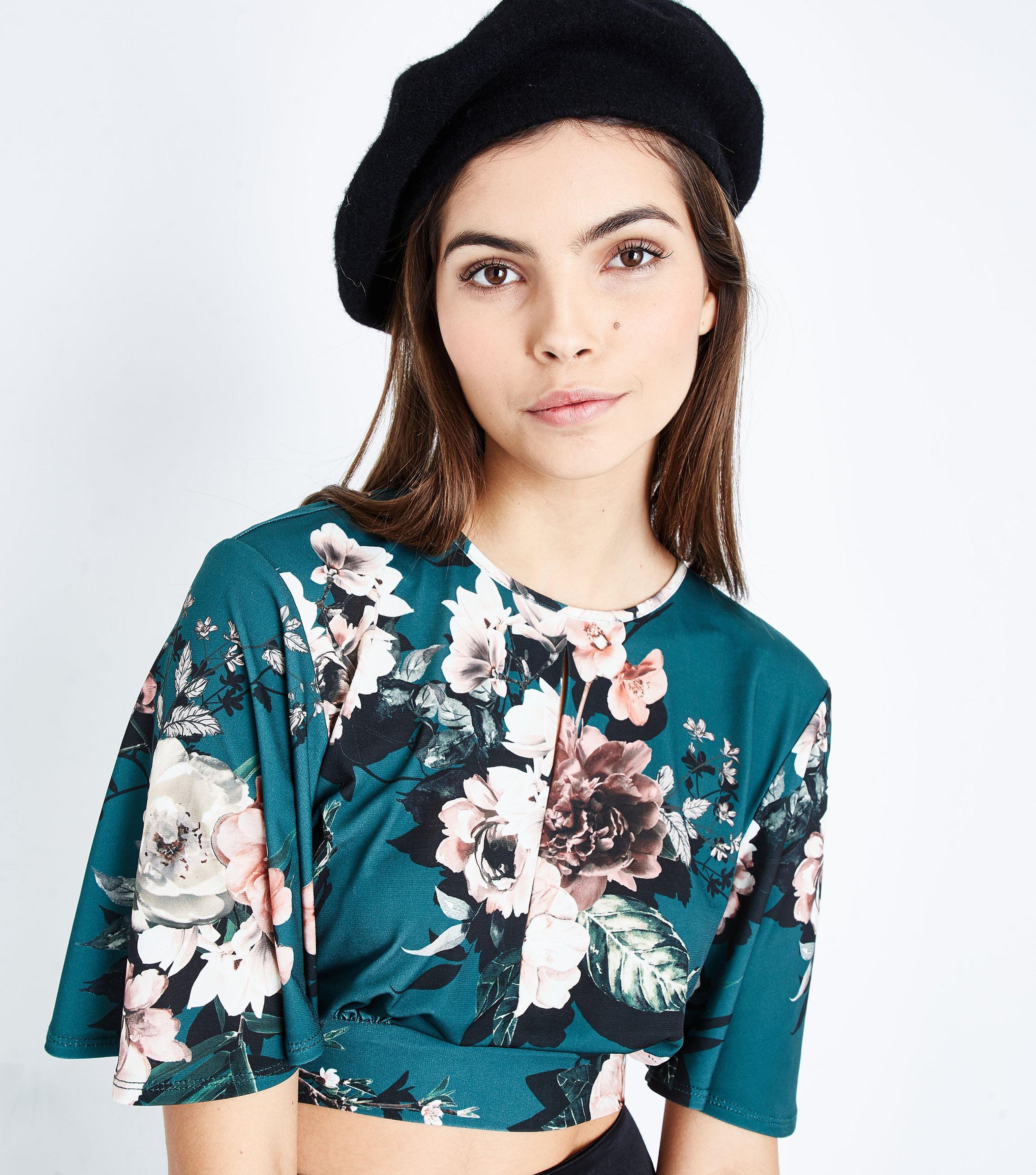 b2c1db28956 New Look Green Floral Keyhole Crop Top in Green - Lyst