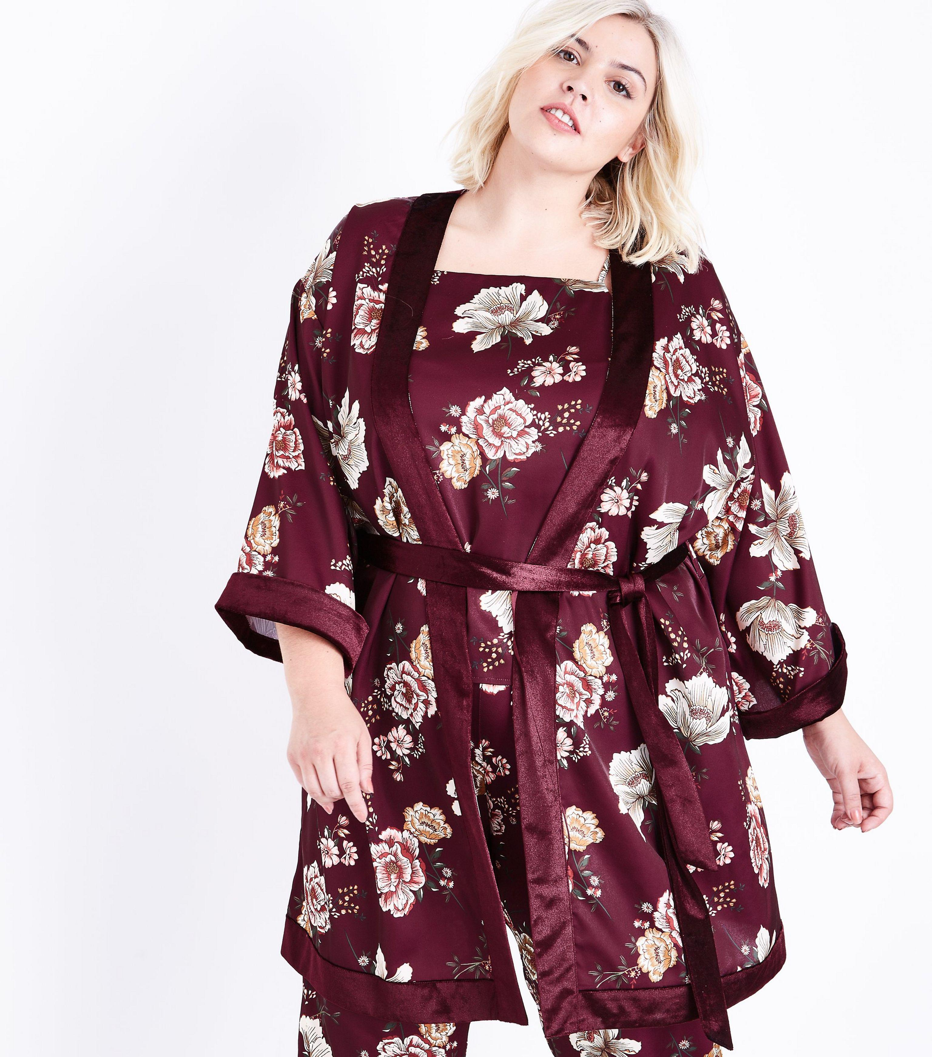 a11fb73bcf Gallery. Previously sold at  New Look · Women s Ugg Duffield Women s Pajama  Sets Women s Fluffy Robes Women s Silk ...