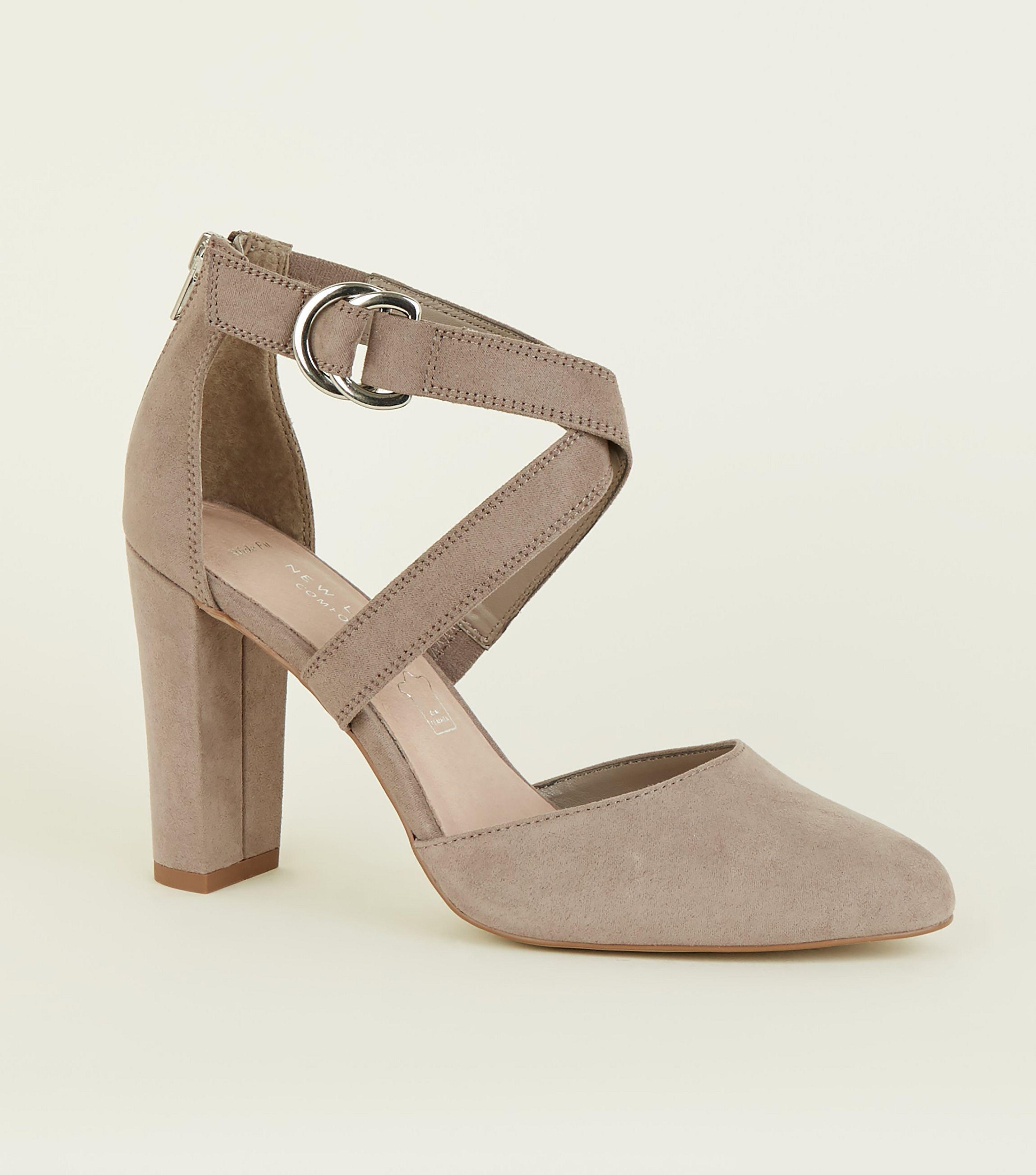 75674b4ea8 New Look Wide Fit Black Comfort Fit Suedette D-ring Detail Heels in ...