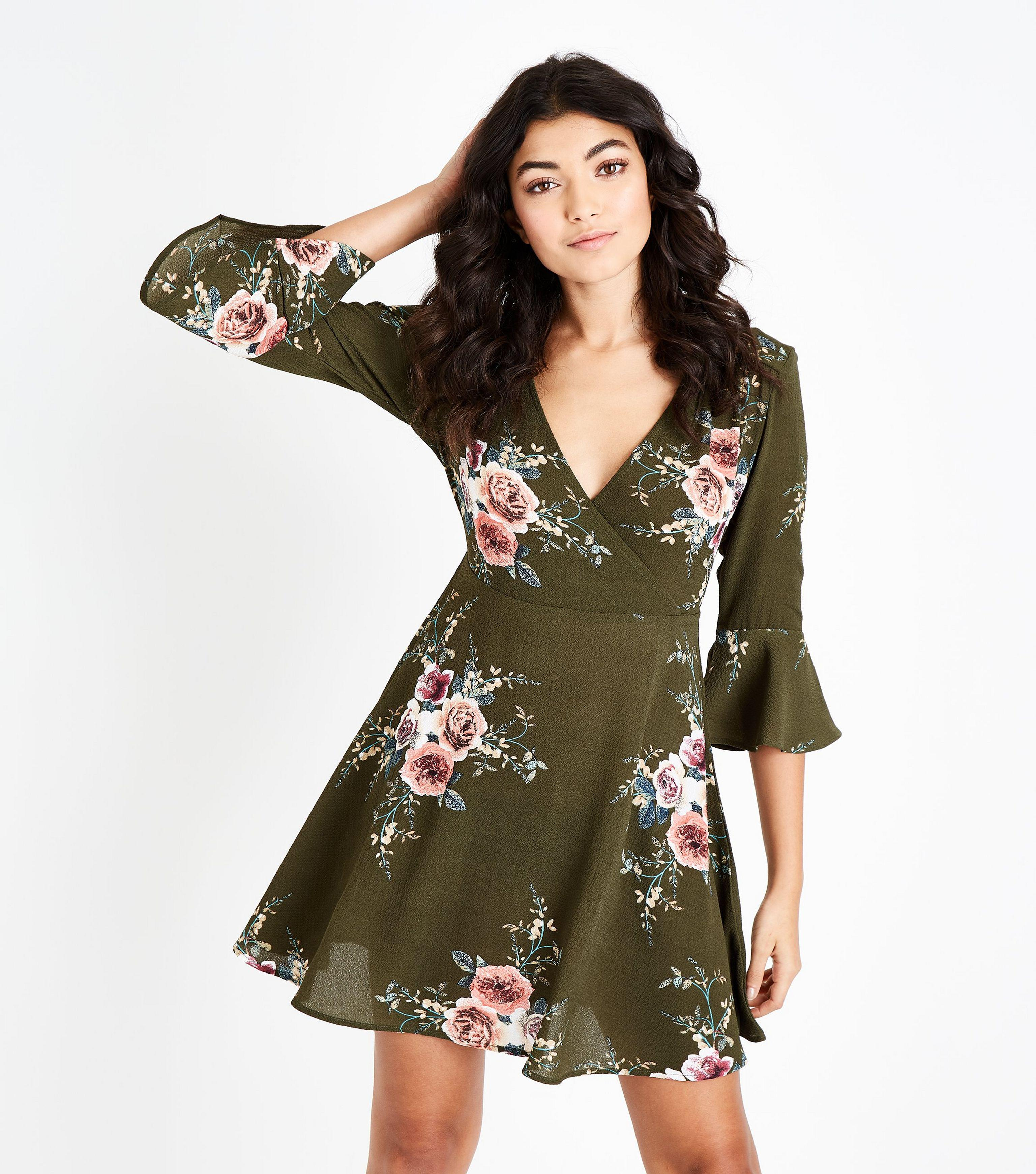 959a8f9ad4 Ax Paris Khaki Floral Wrap Front Skater Dress in Green - Lyst