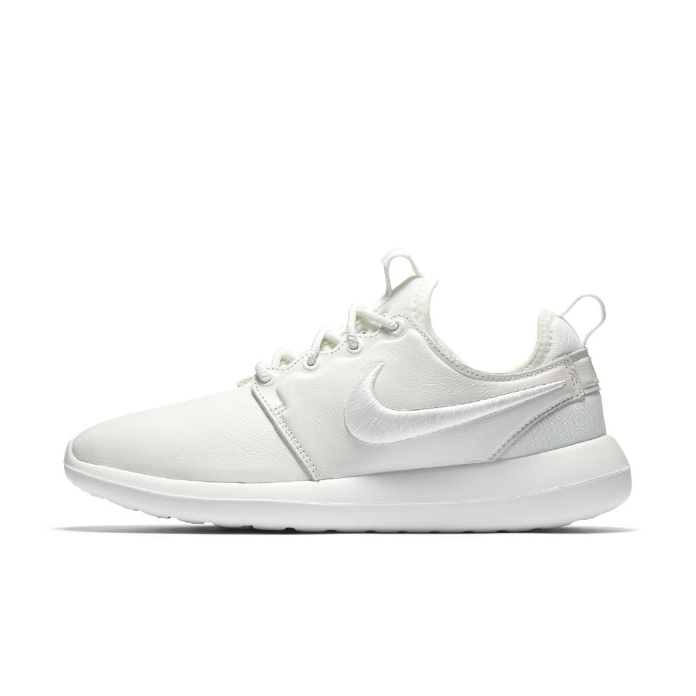 Nike Sportswear ROSHE TWO SI Matalavartiset tennarit black/ivory