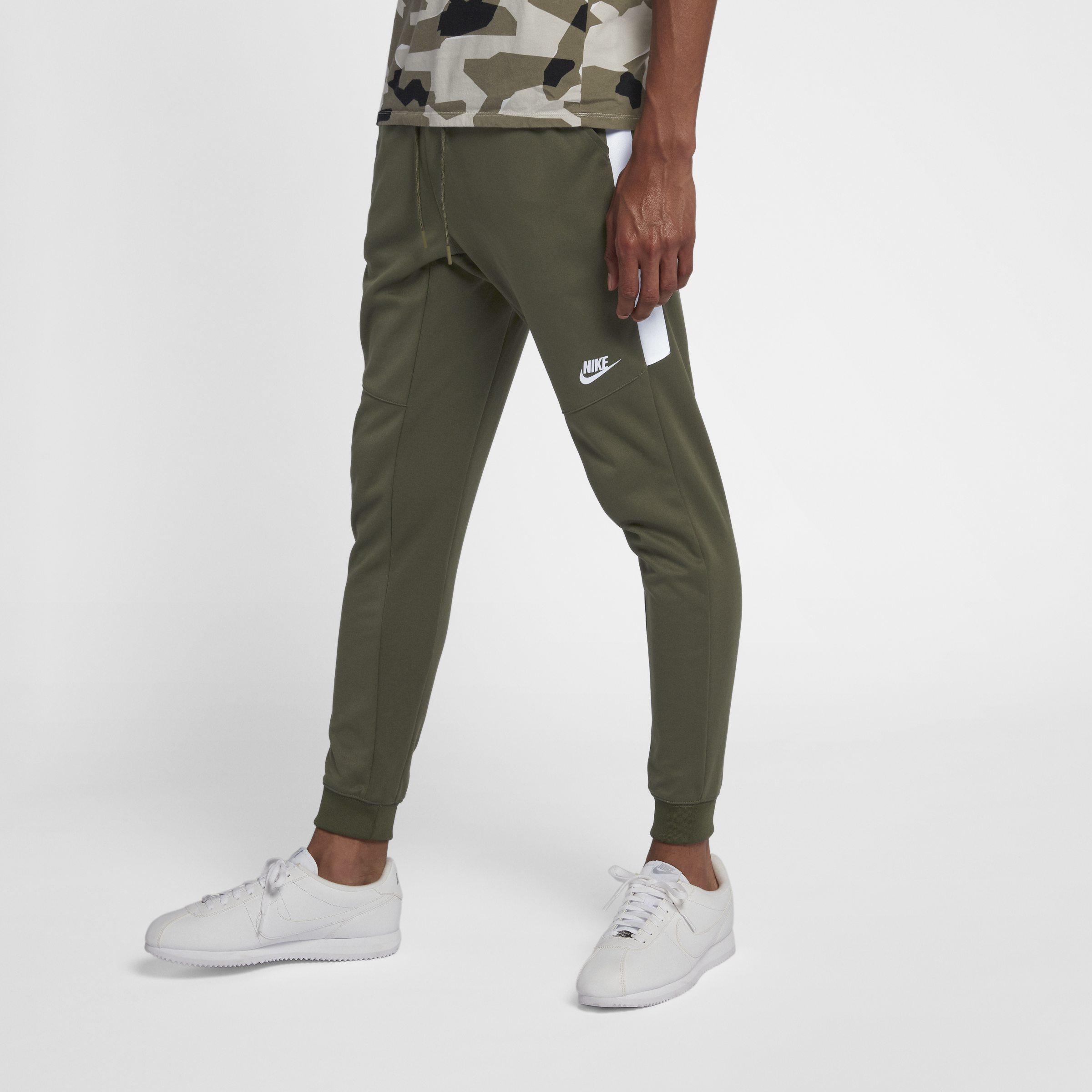 ecccb2c2d02876 Nike Sportswear Joggers in Green for Men - Lyst