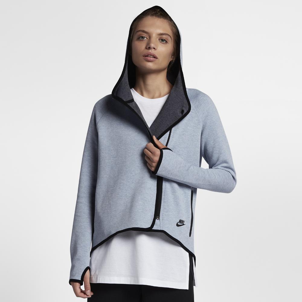 e93b9e7bf20d Lyst - Nike Sportswear Tech Fleece Women s Full-zip Cape in Gray