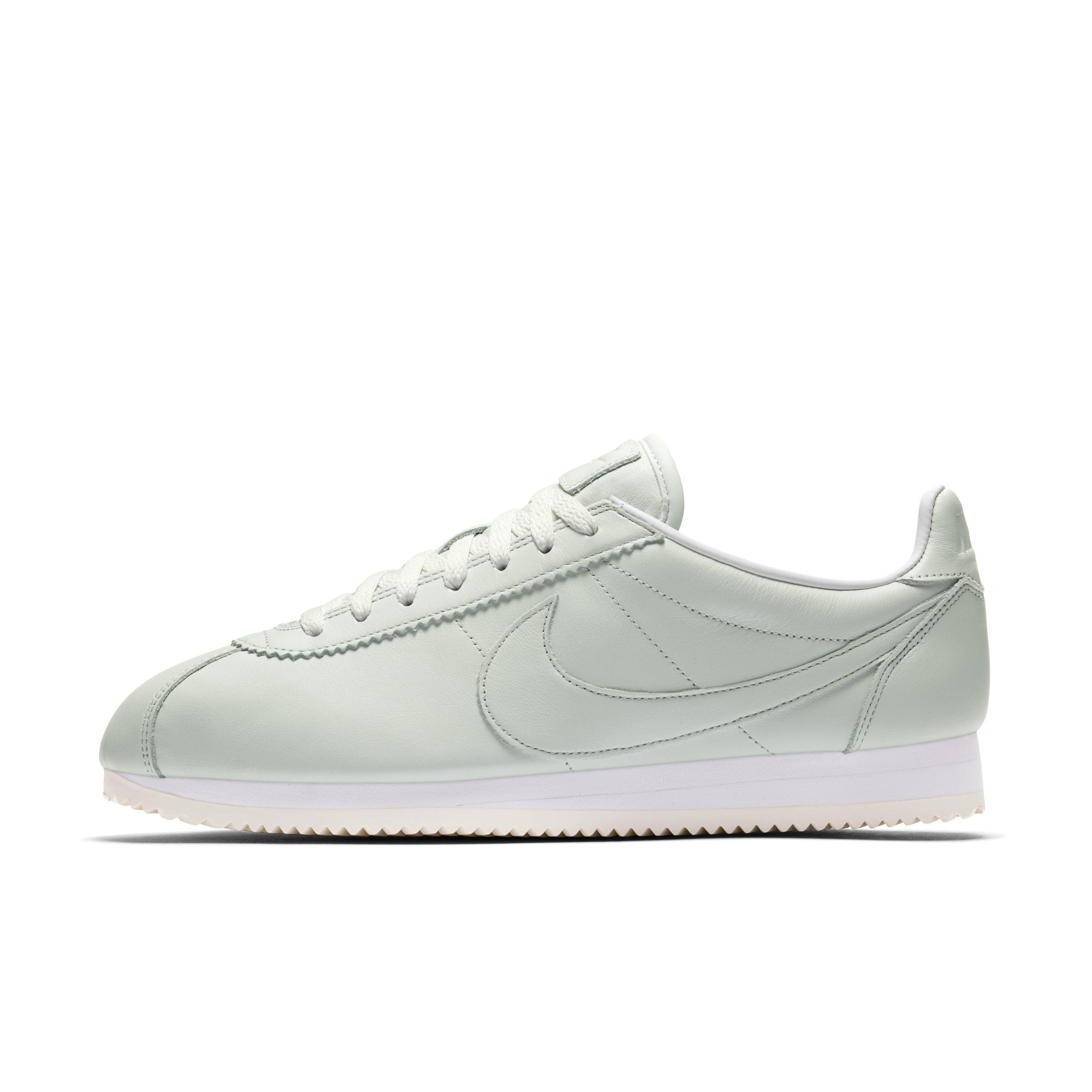 cheap for discount b0323 e0beb Nike Classic Cortez Premium Unisex Shoe in White for Men - Lyst