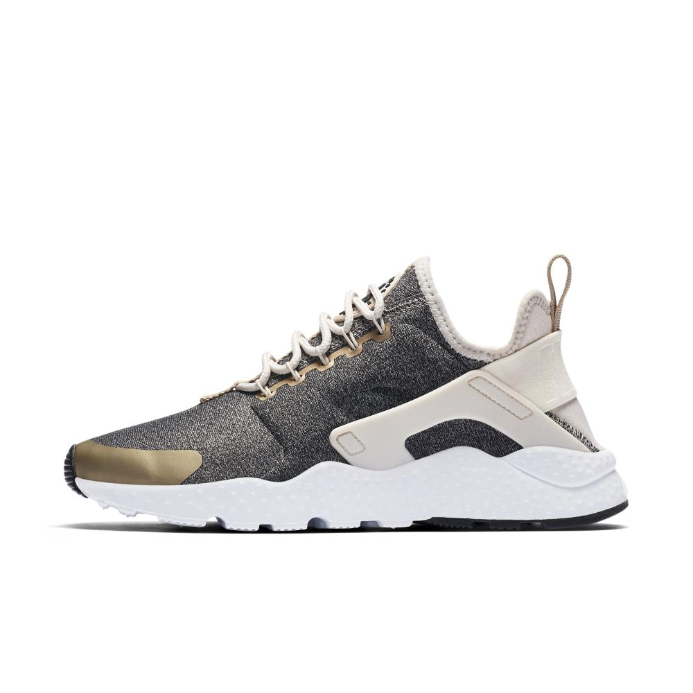 big sale 0b729 891f6 Gallery. Previously sold at  Nike · Women s Nike Air Huarache