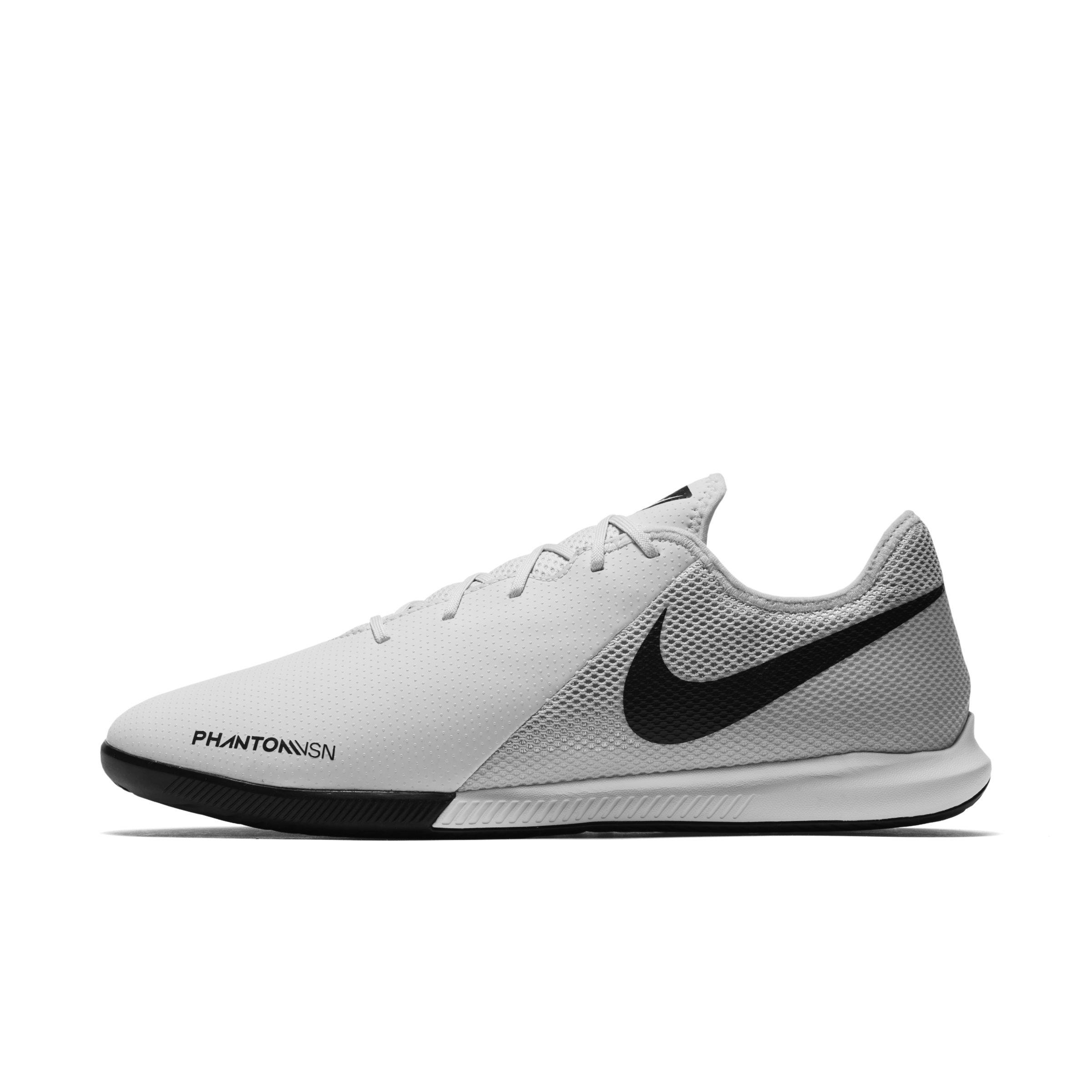 Nike. Women s Metallic Phantom Vision Academy Dynamic Fit Indoor court  Football Shoe 76f3d7c0f