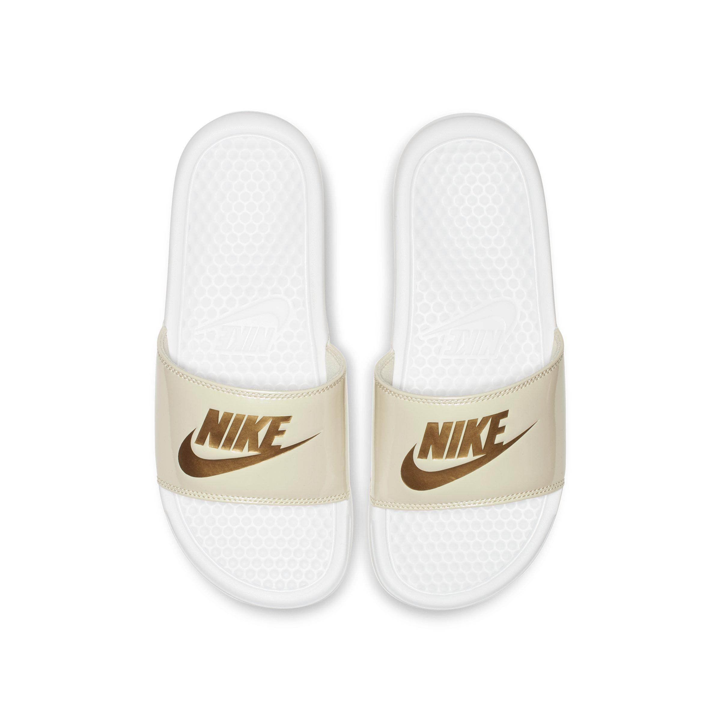 405992bf3b71 Nike Benassi Jdi Metallic Slide in White - Lyst