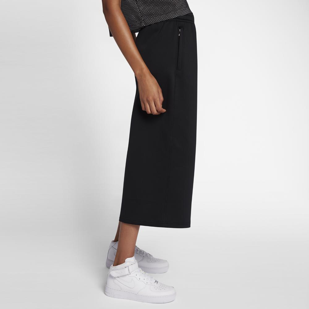 75c87ac7e7ae4 Lyst - Nike Essentials Culottes Women's Pants in Black