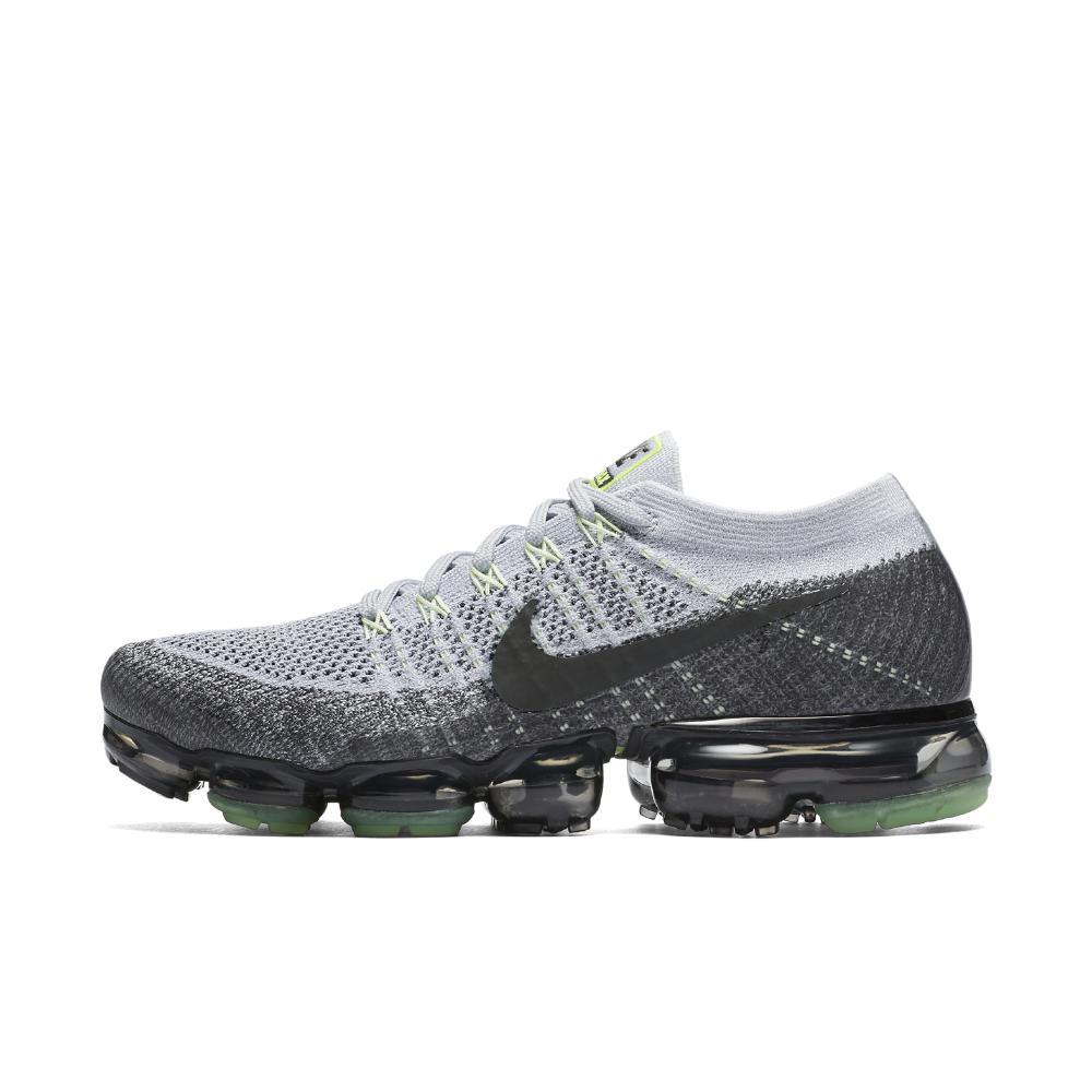 98eb0d79ad5 Lyst - Nike Air Vapormax Flyknit Men s Running Shoe in Gray for Men