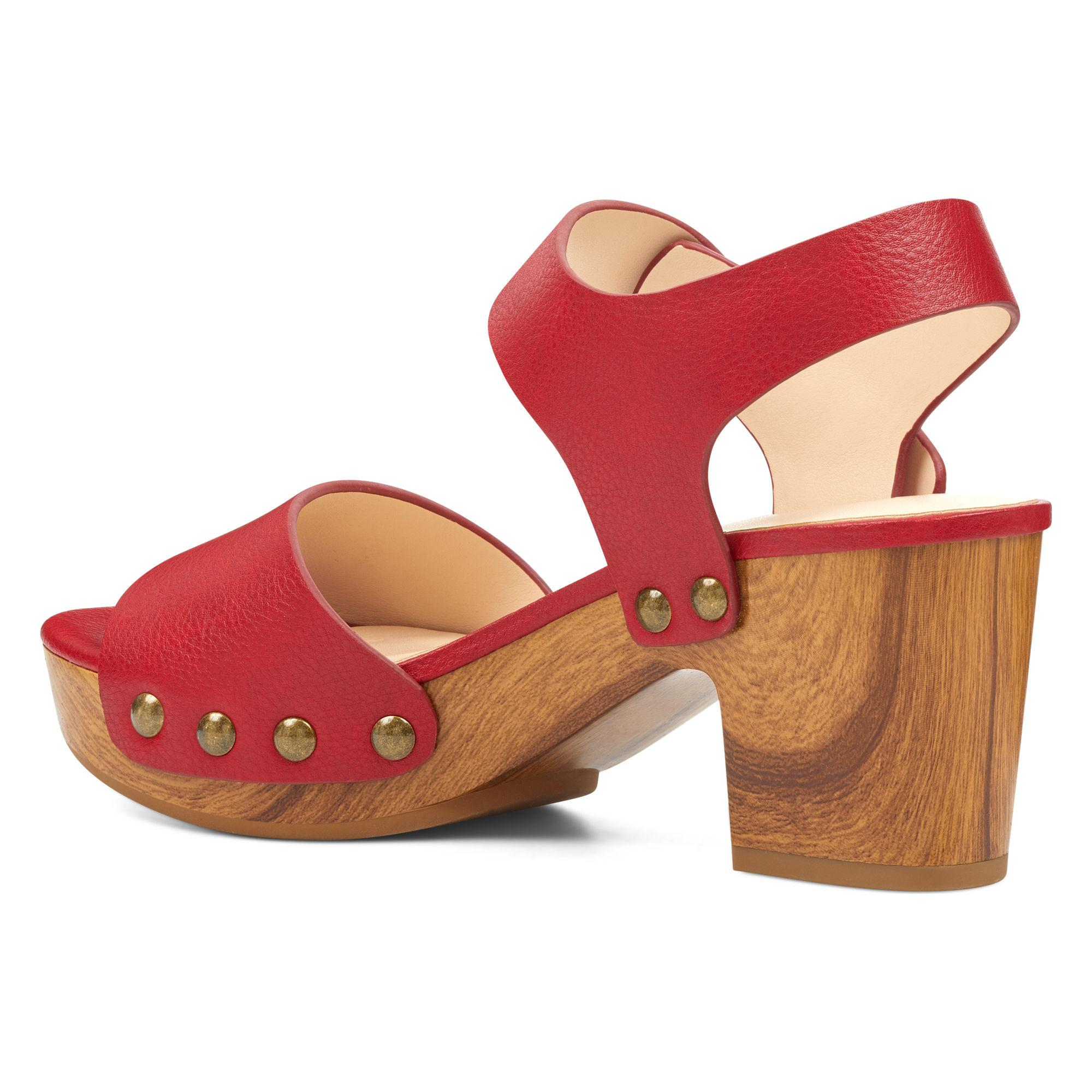 216f4ce0cb6 Lyst - Nine West Cecilia Platform Sandals in Red
