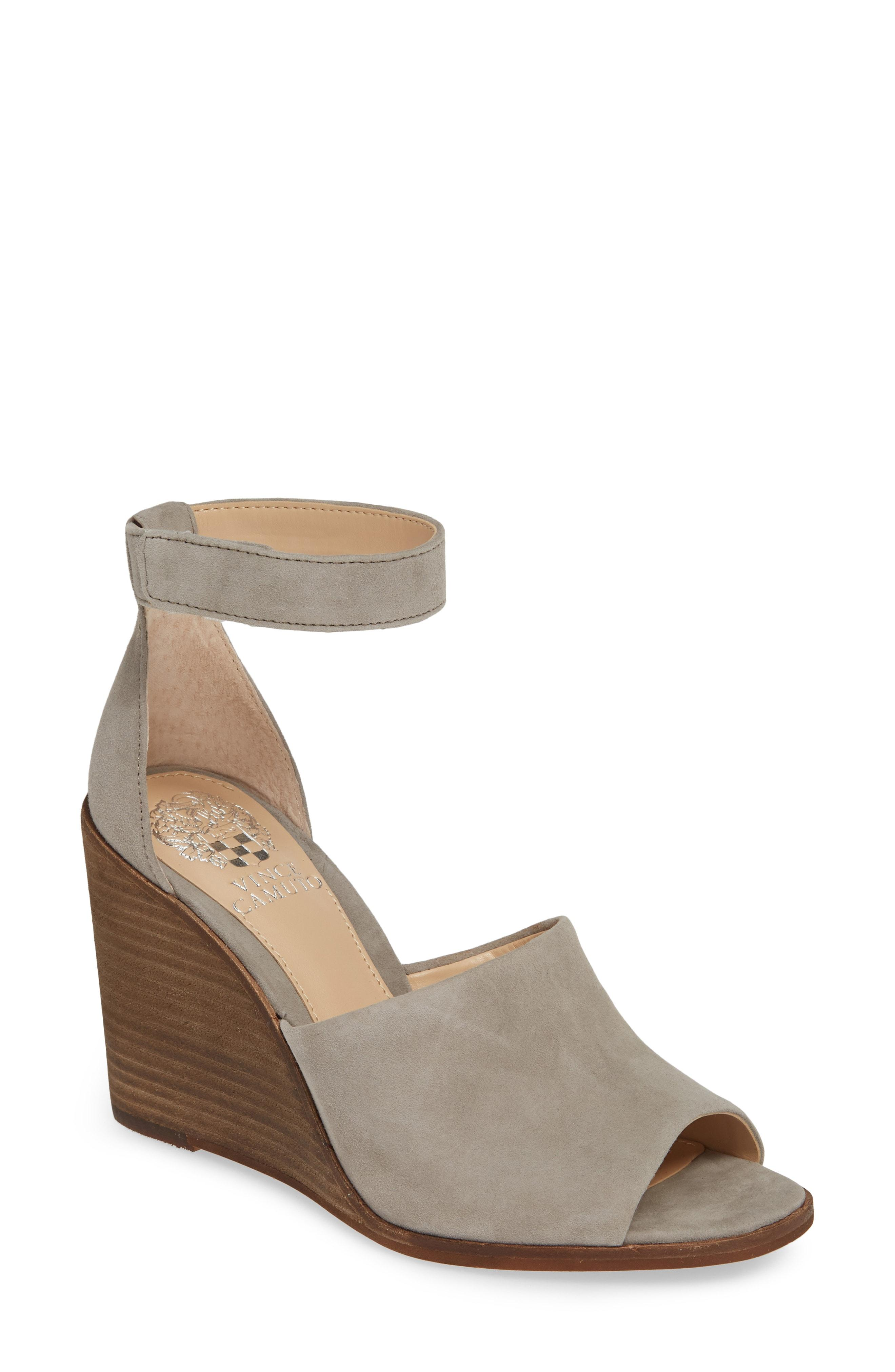 06e8d103f5a Lyst - Vince Camuto Deedriana Wedge Sandal in Gray