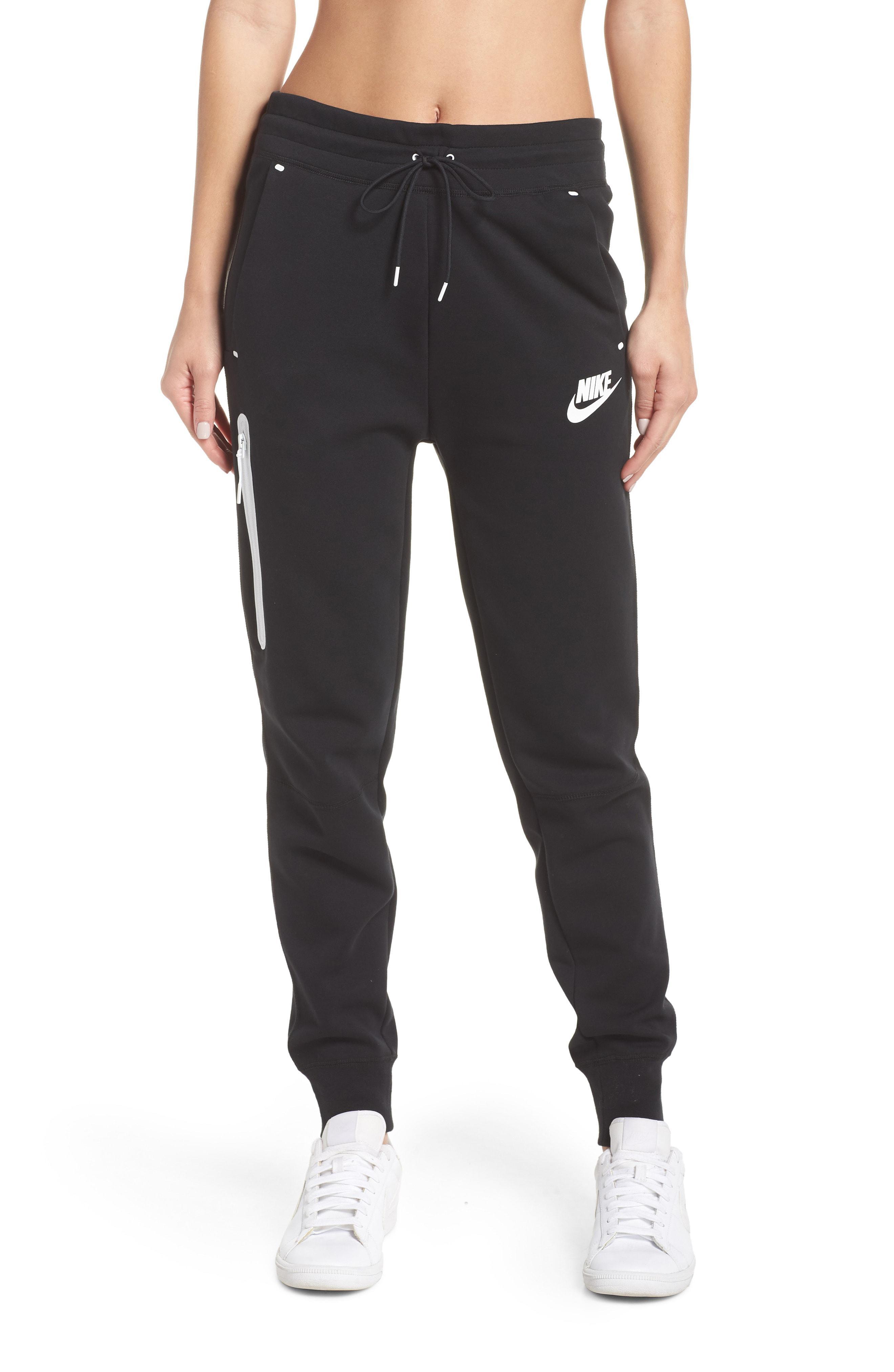 fe885ff4 Lyst - Nike Sportswear Tech Fleece Jogger Pants in Black