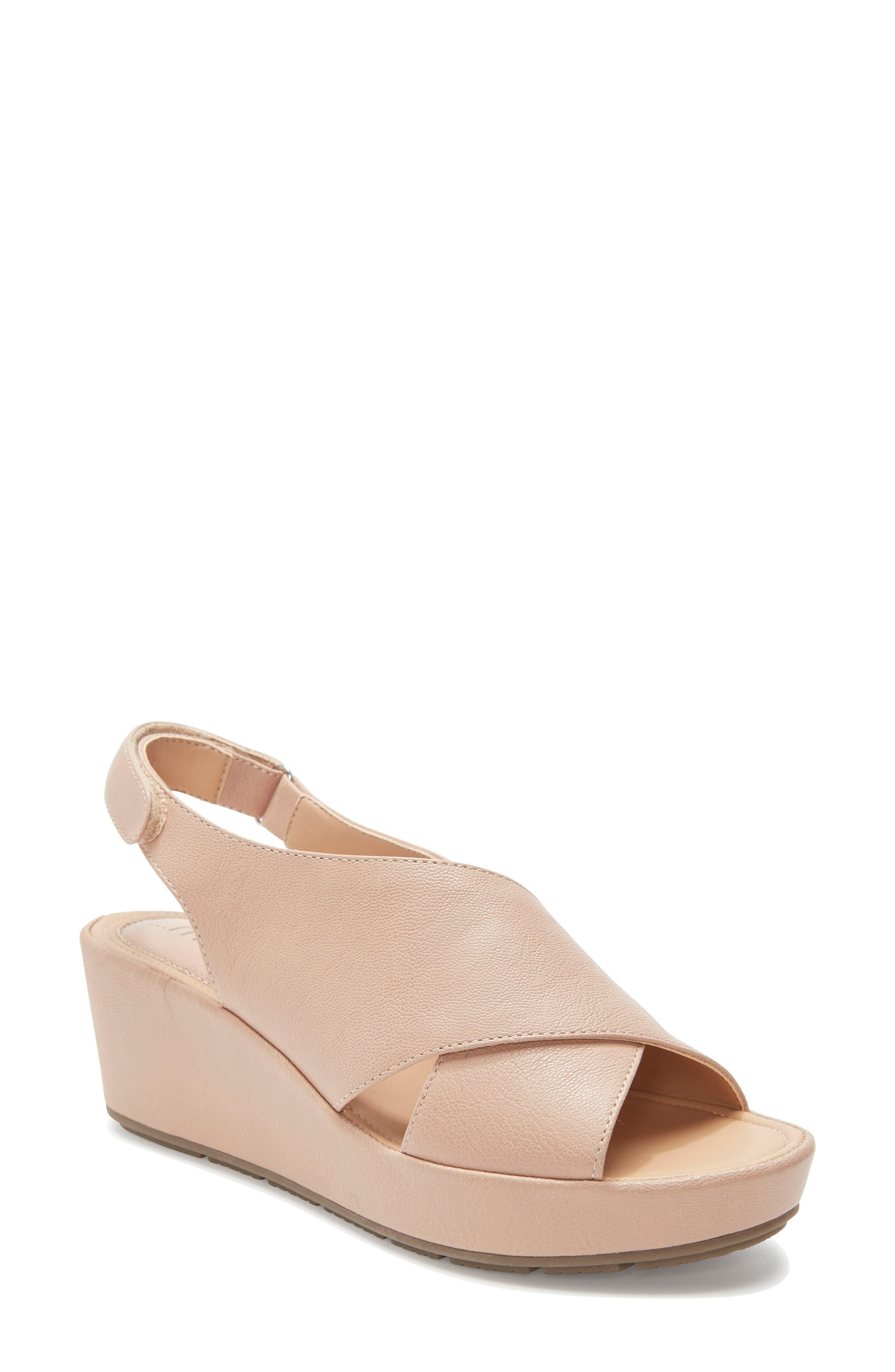 2f098916ba Me Too Arena Wedge Sandal in Natural - Lyst