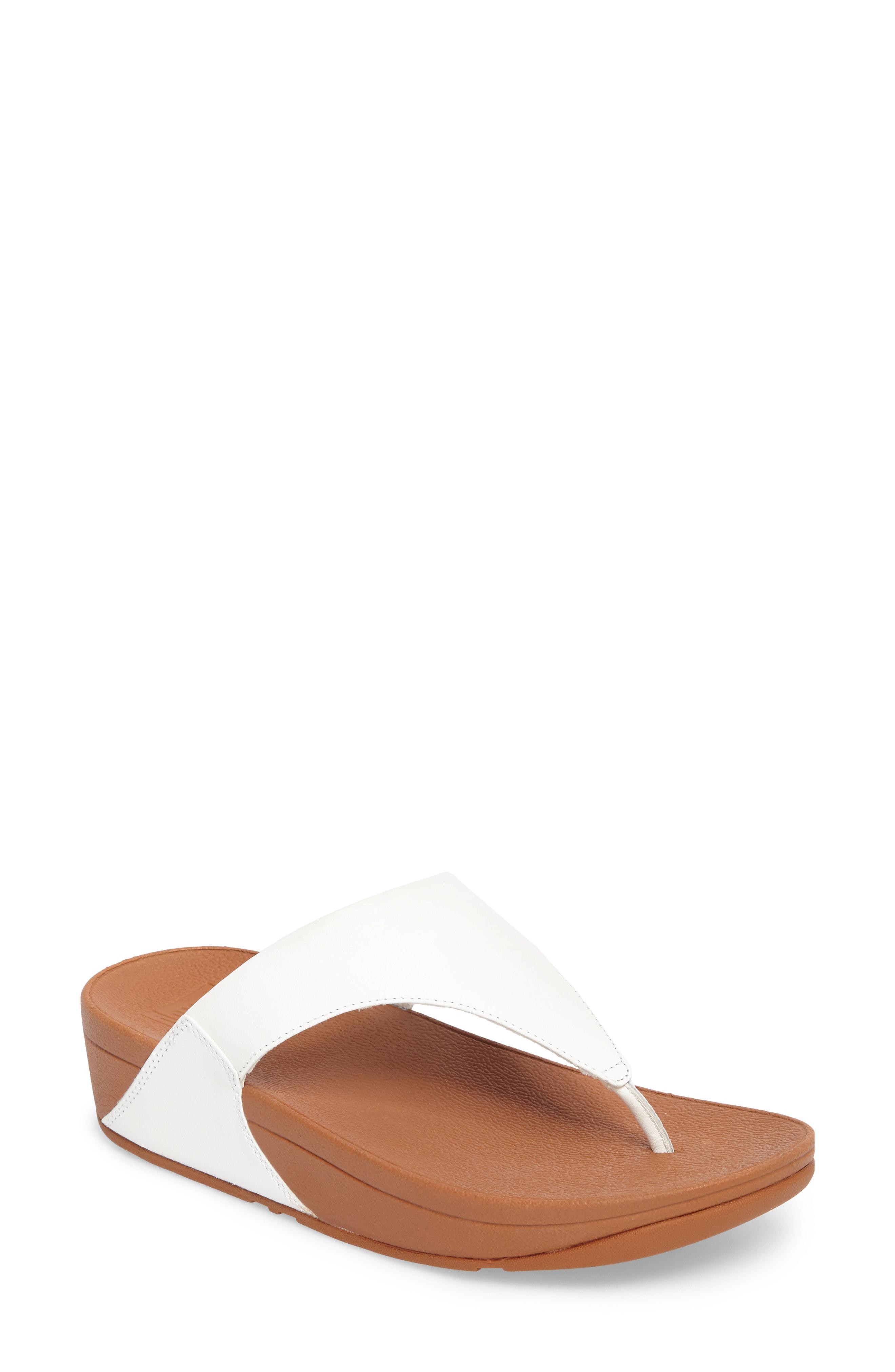 68da623bf61 Lyst - Fitflop White Leather  lulu  Mid Flatform Heel Flip Flops in ...