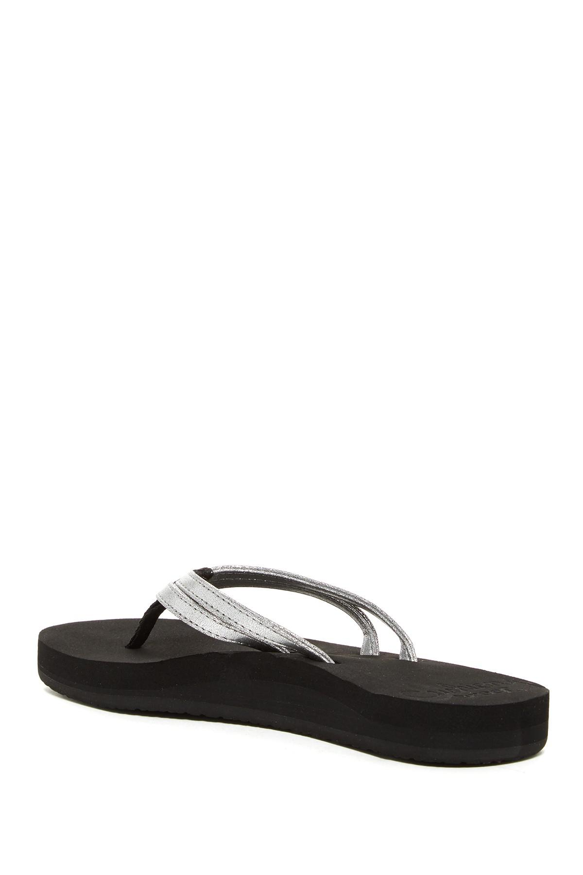 cdedd6c930 Reef Cushion Twin Platform Flip-flop (women) in Black - Lyst