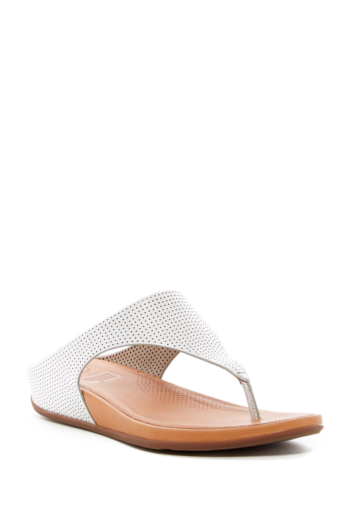 2b753d7d0 Lyst - Fitflop Banda Sandal in Metallic