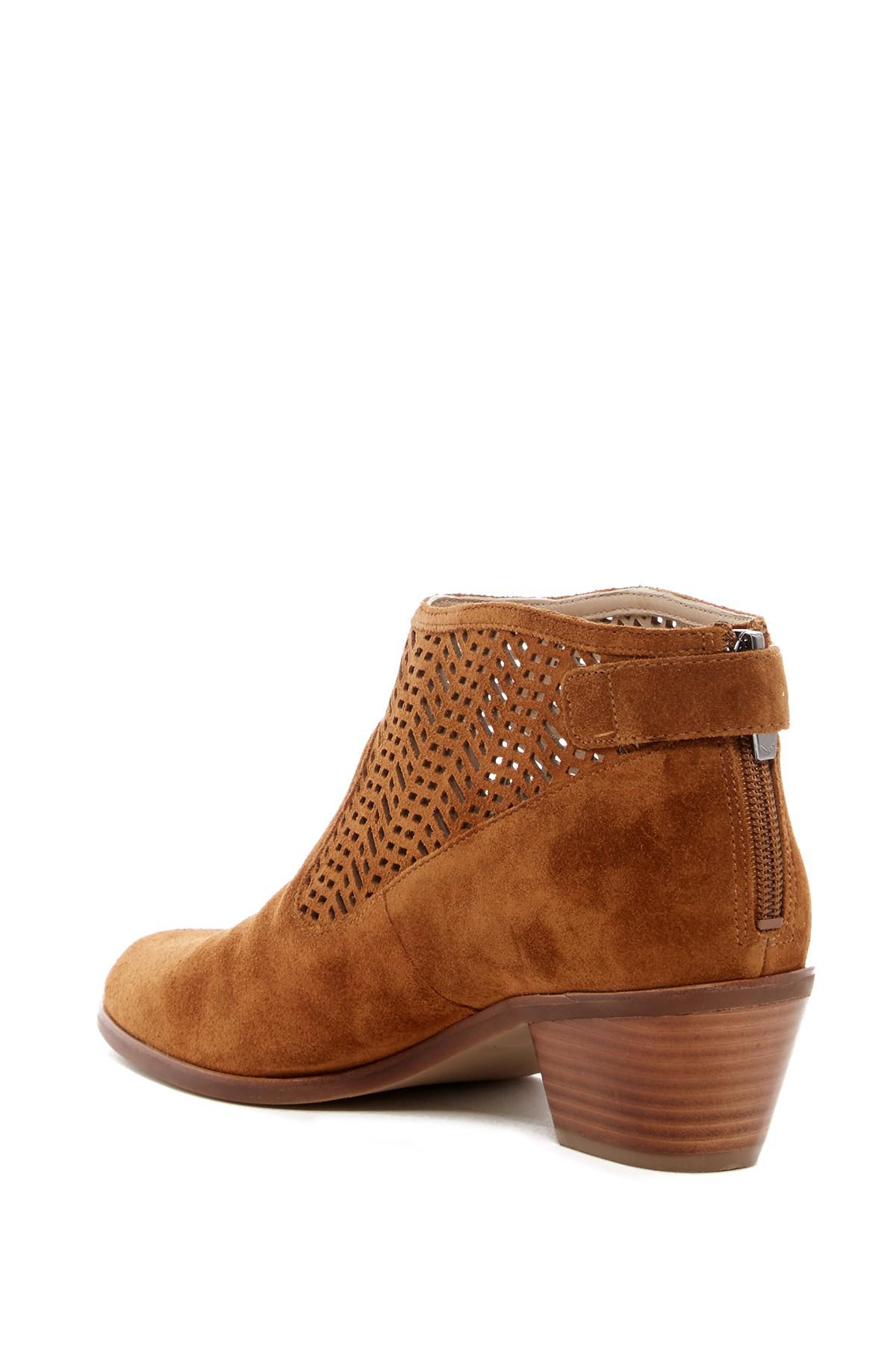 d496be5afab Gallery. Previously sold at  Nordstrom Rack · Women s Brown Boots ...