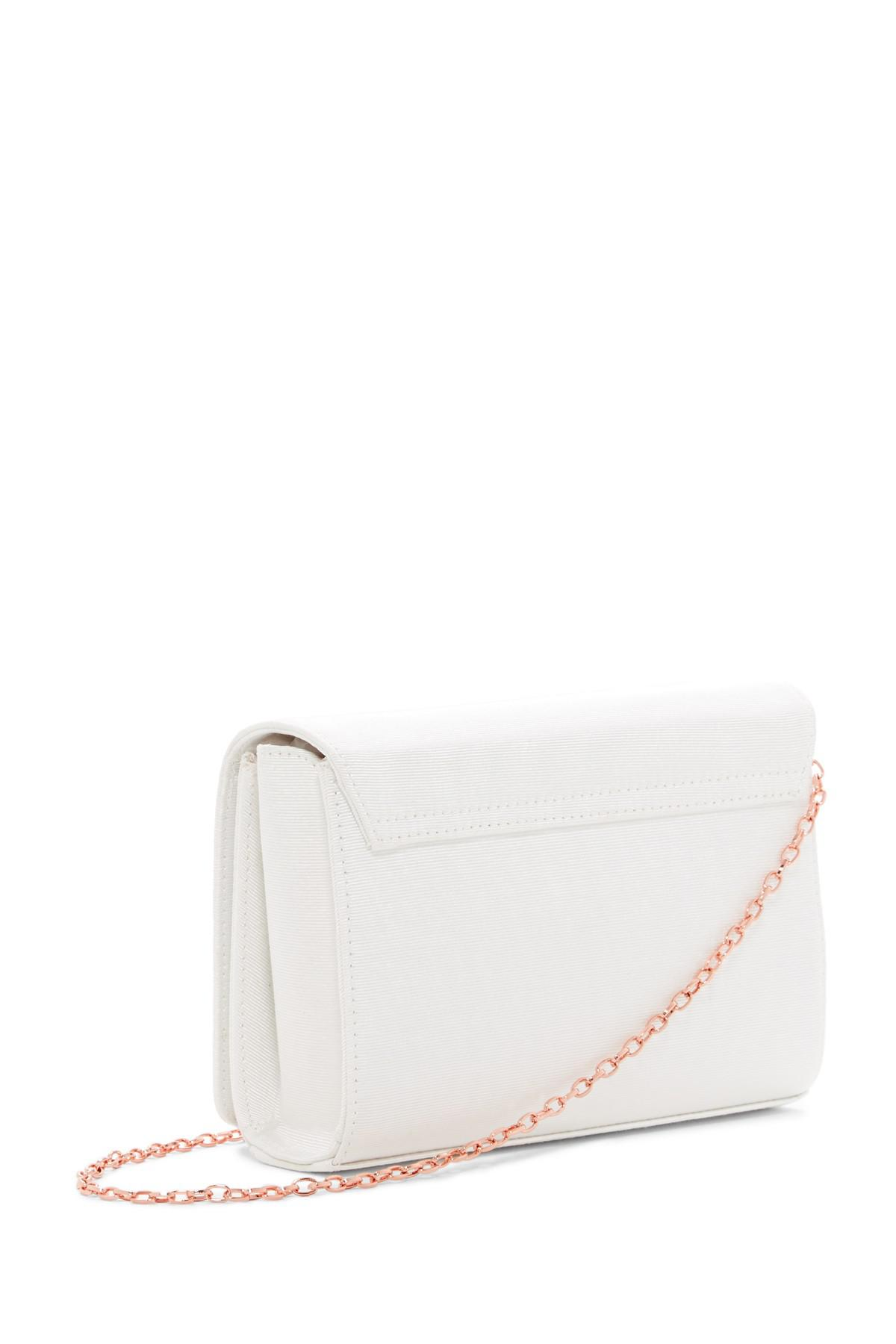 2a5fd75701315 Gallery. Previously sold at  Nordstrom Rack · Women s Metallic Clutch Bags  ...