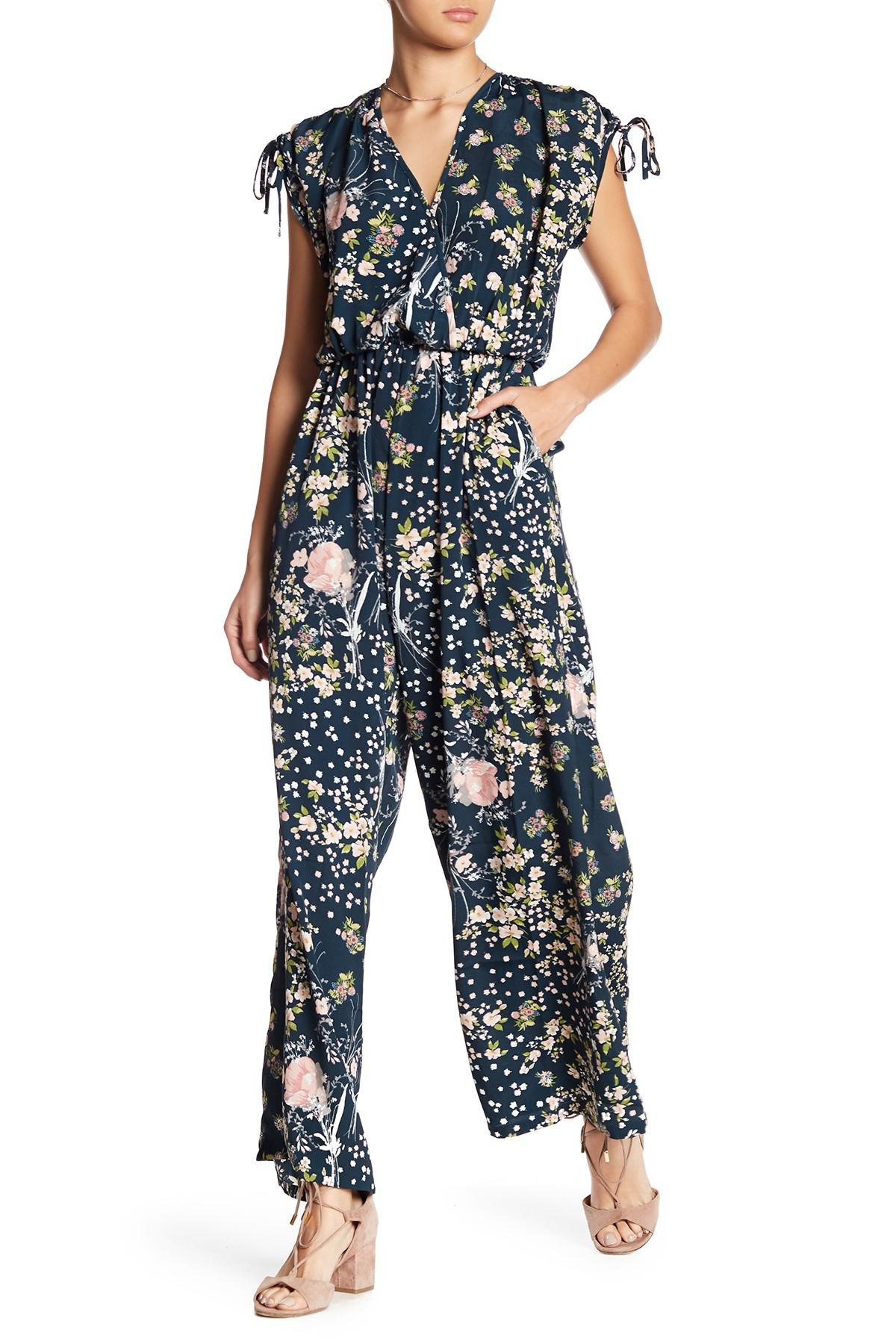 146d8dbff118 Lyst - Band Of Gypsies Moody Short-sleeve Floral Jumpsuit in Blue