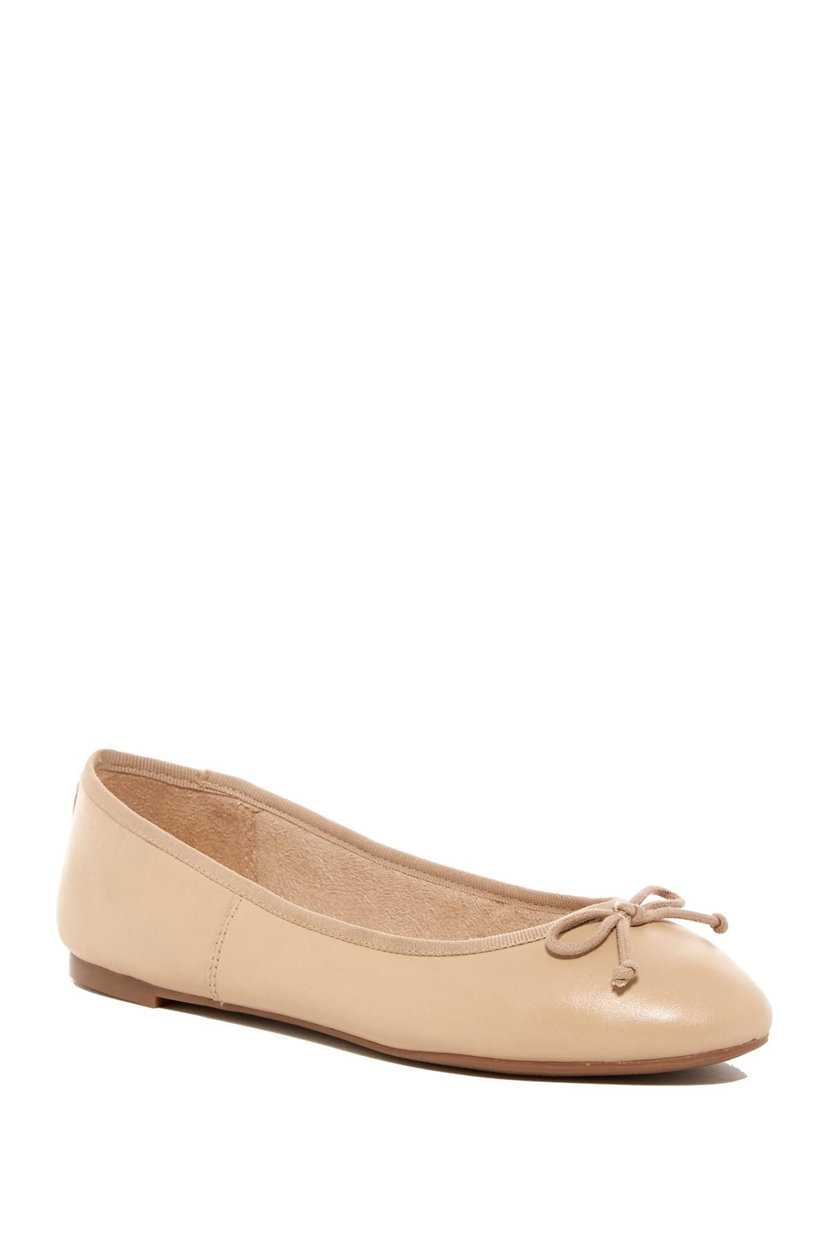 f85724139 Lyst - Sam Edelman Carrie Flat in Natural