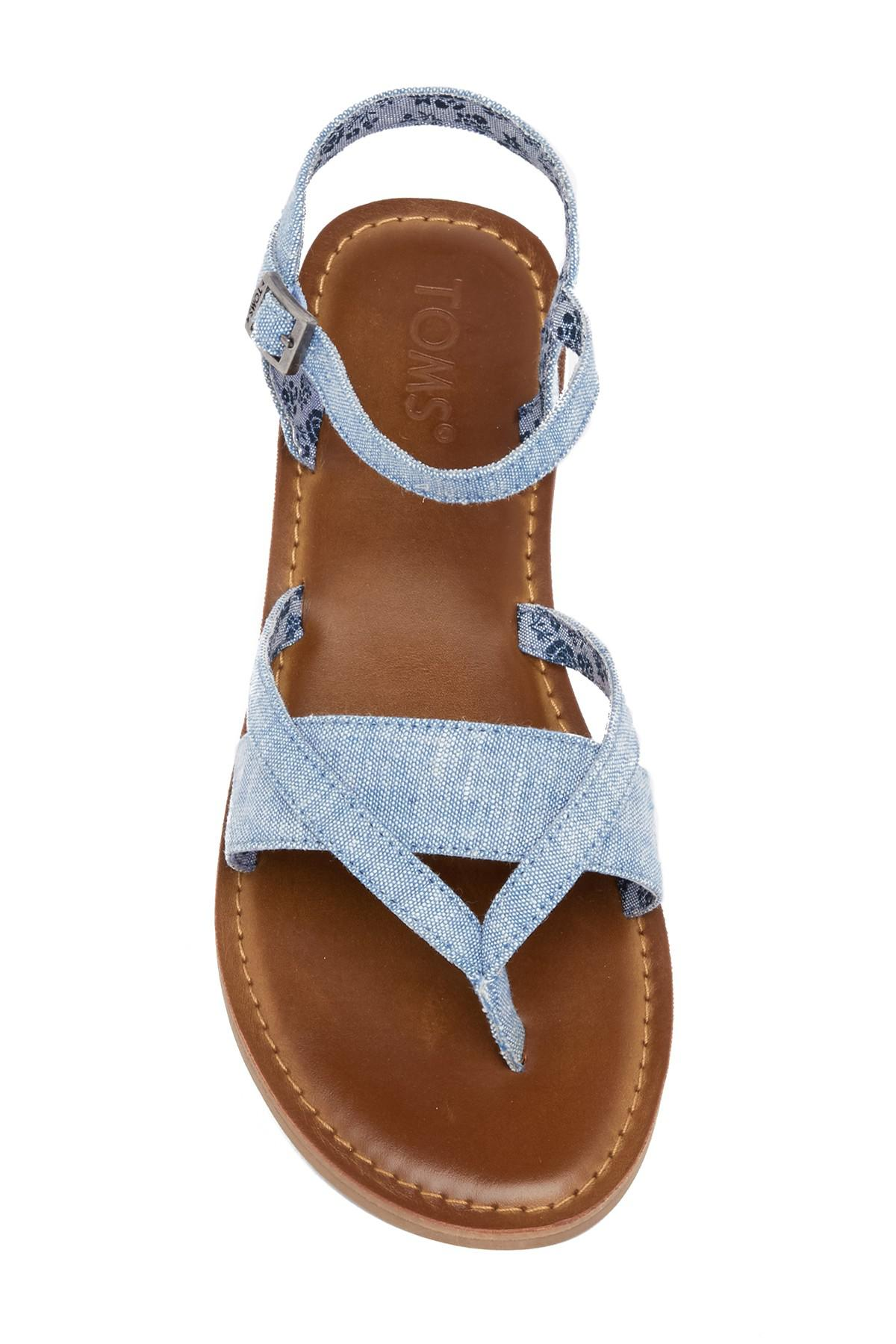 aff1ec0f39a Lyst - TOMS Lexie Chambray Thong Sandal in Blue