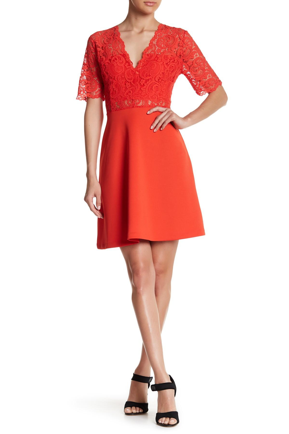 Lyst Alexia Admor Deep V Fit Amp Flare Lace Dress In Red