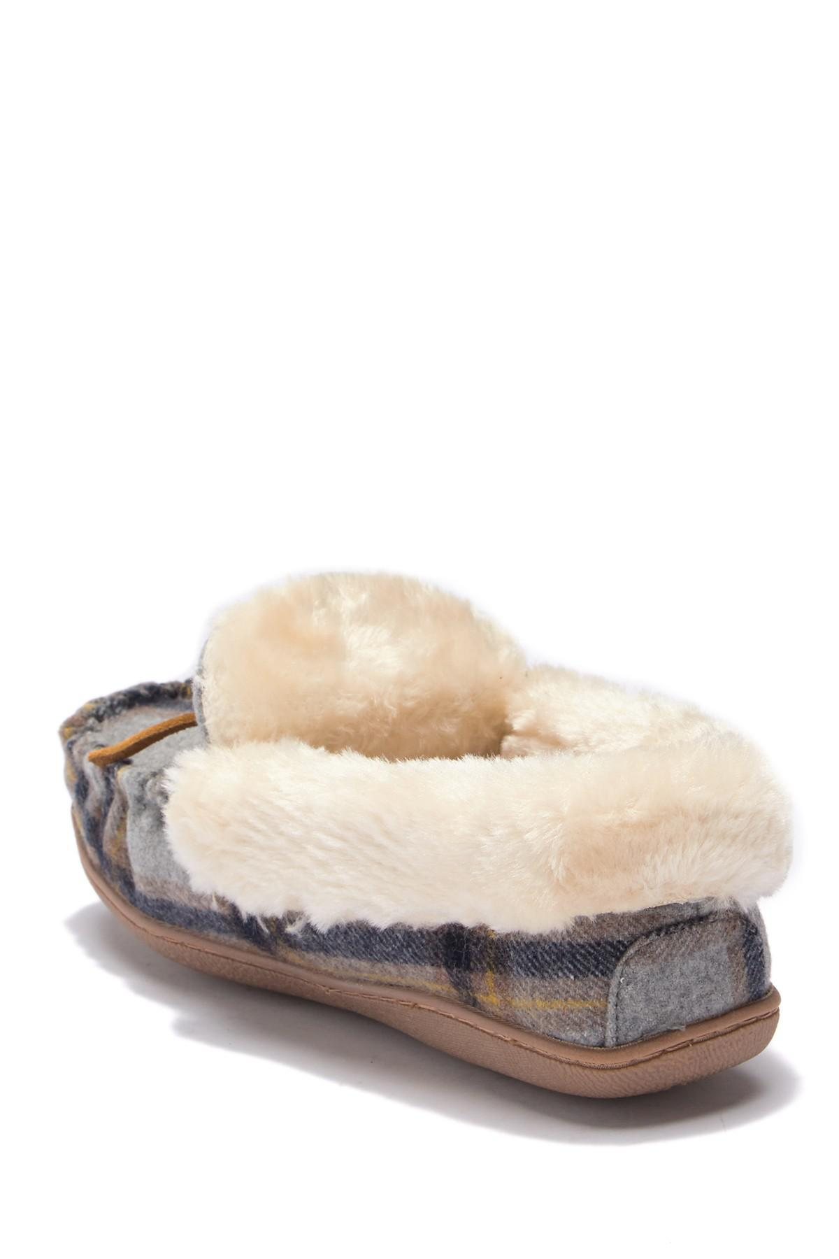 0d32f2772f4 Lyst - Minnetonka Tracy Trapper Slipper in Gray - Save 38%