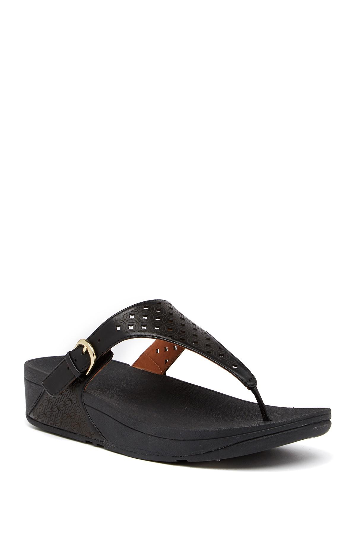 Fitflop. Women's Black Skinny Toe Post Lattice Wedge Sandal