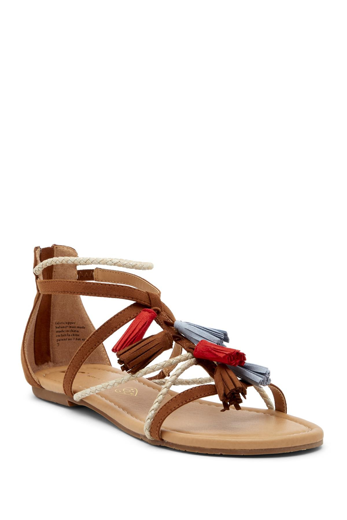 BC Footwear Until Now Tassel Sandal J8xZynb