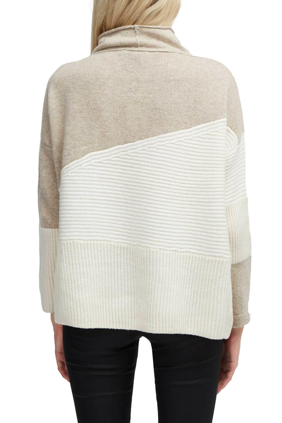 a8a20857f80 ... Patchwork Mock Neck Sweater - Lyst. View fullscreen