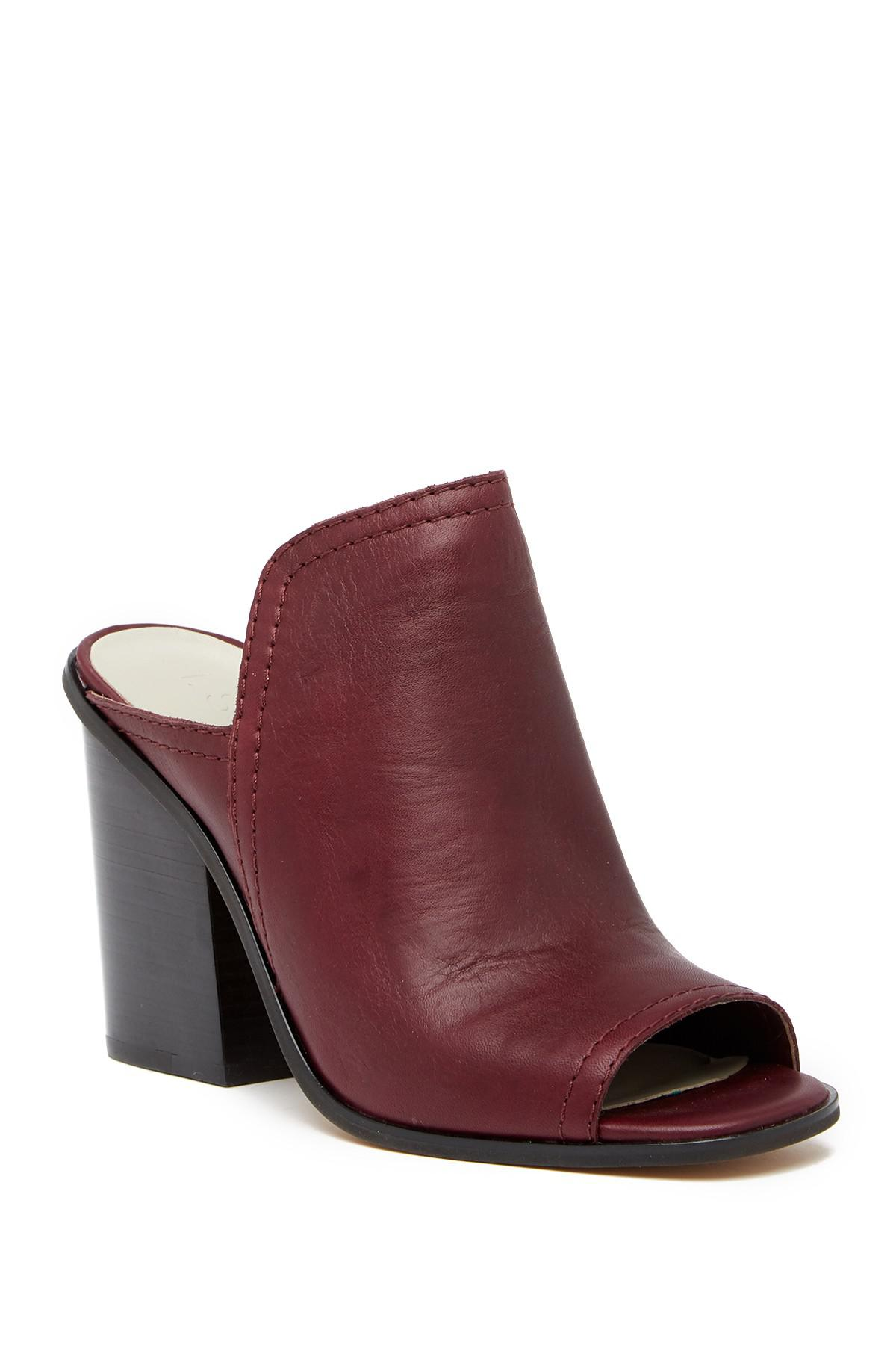 1.State Fernan Block Heel Slide Sandal