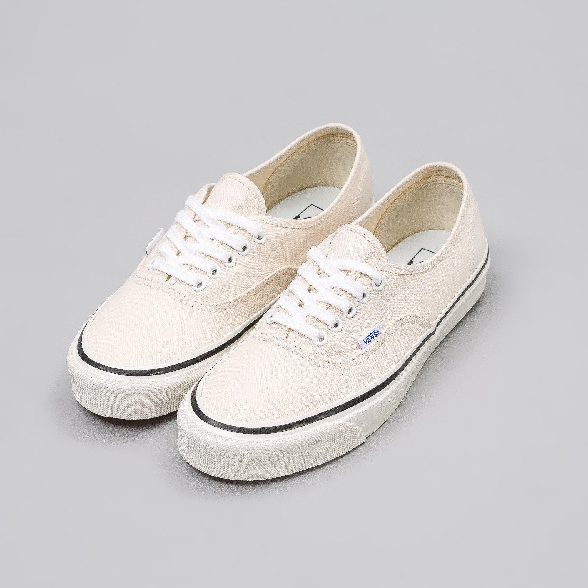 145db0e236a Lyst - Vans Authentic 44 Dx Anaheim Factory In Classic White in ...